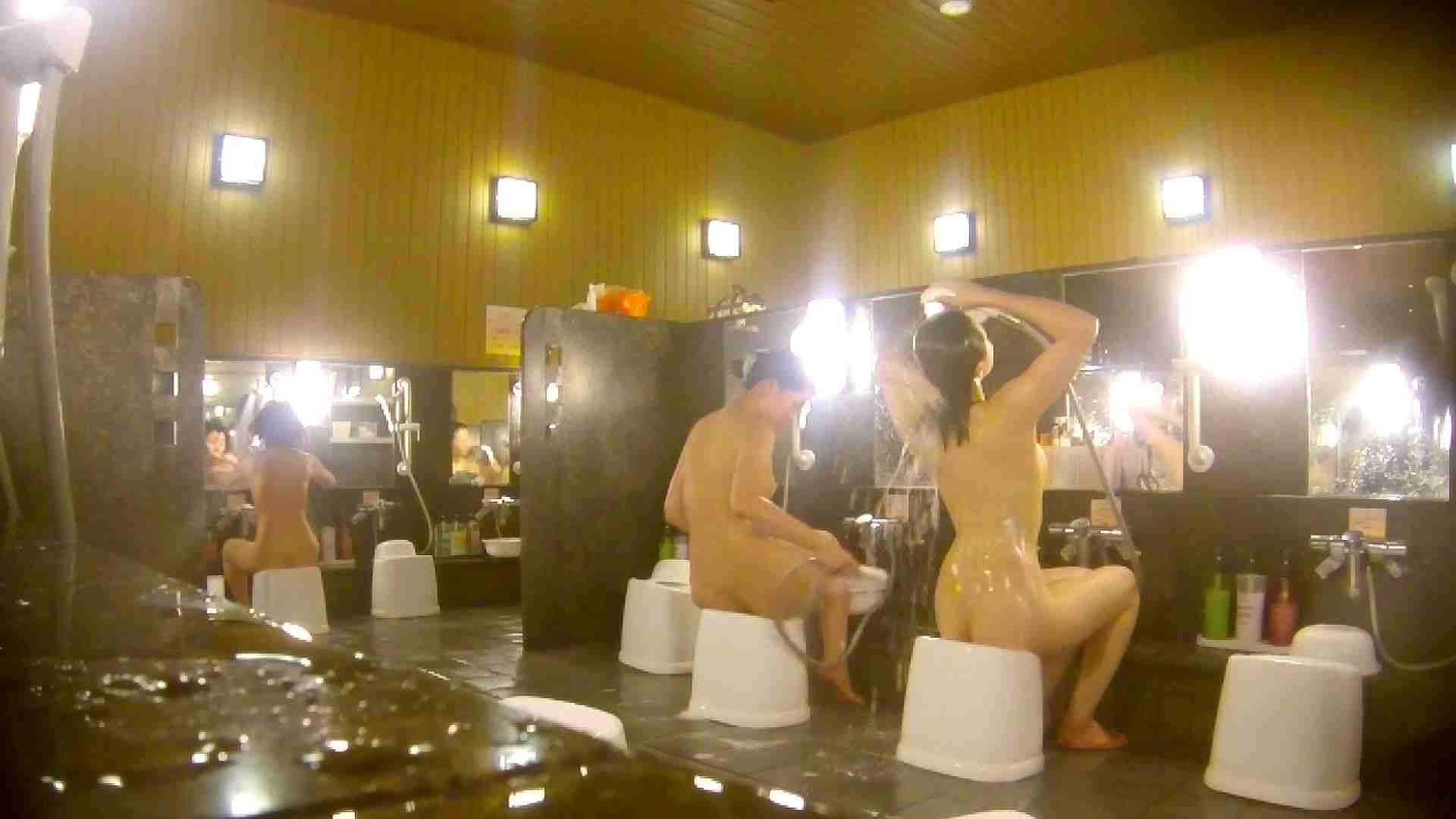 オムニバス!洗い場、通路など色々な裸体が見れてお得です。 女湯のぞき セックス無修正動画無料 89枚 37