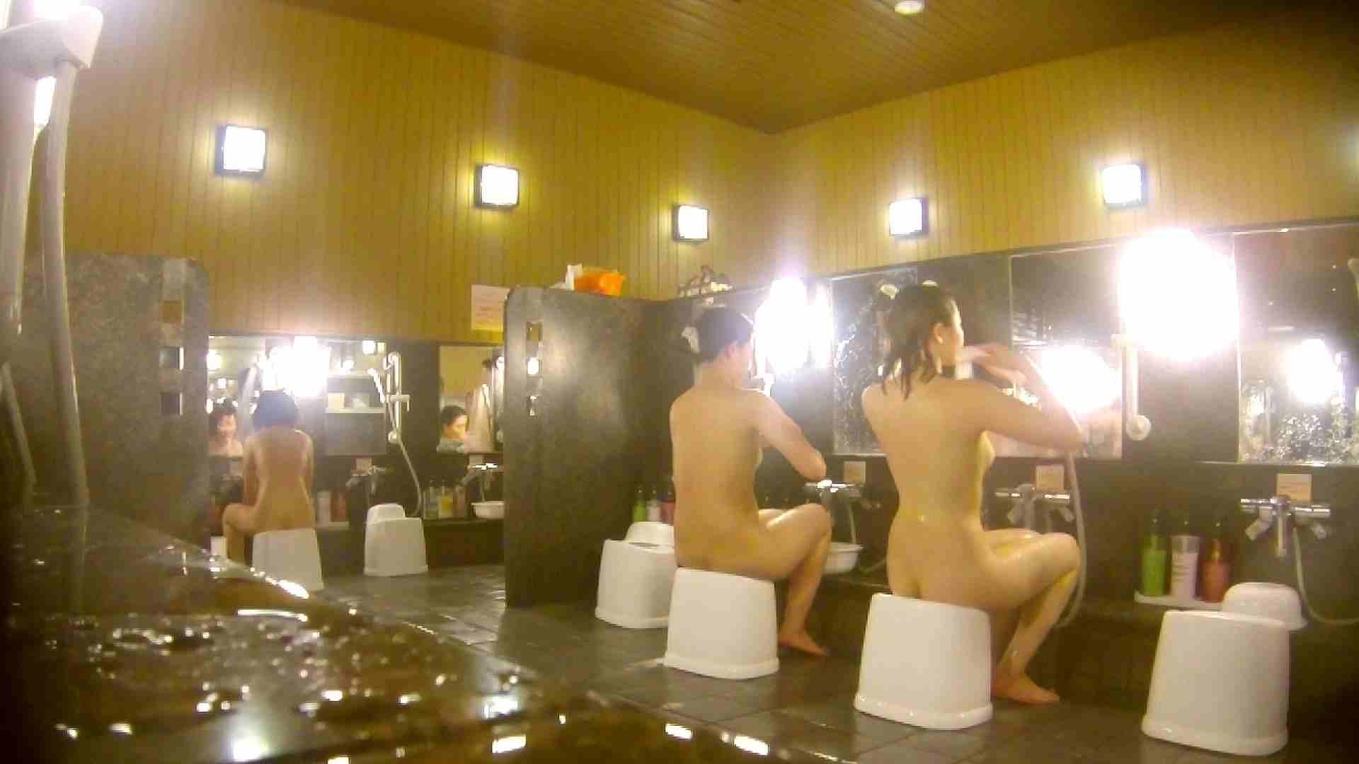 トイレ盗撮|オムニバス!洗い場、通路など色々な裸体が見れてお得です。|怪盗ジョーカー