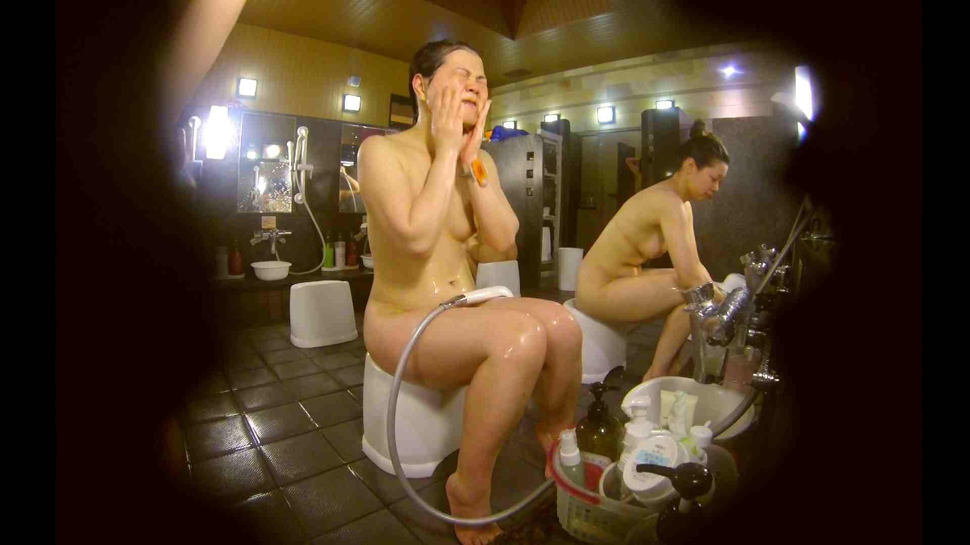オムニバス!洗い場、通路など色々な裸体が見れてお得です。 お姉さんのSEX エロ画像 89枚 67