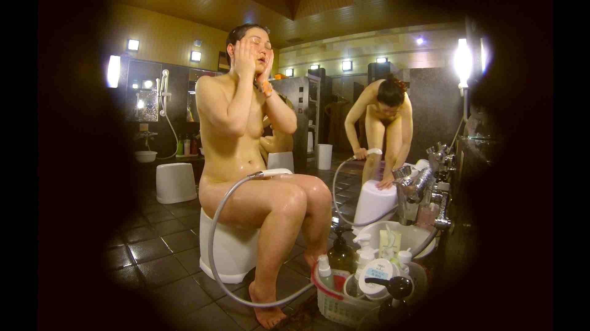 オムニバス!洗い場、通路など色々な裸体が見れてお得です。 お姉さんのSEX エロ画像 89枚 75