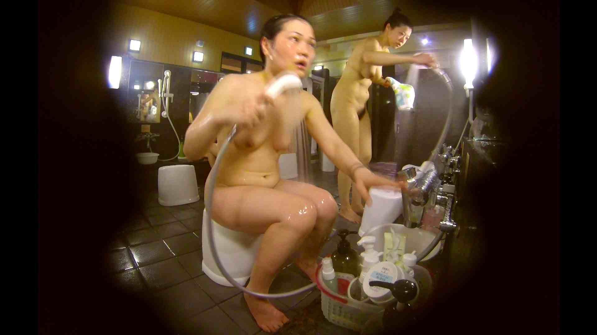 オムニバス!洗い場、通路など色々な裸体が見れてお得です。 女湯のぞき セックス無修正動画無料 89枚 77