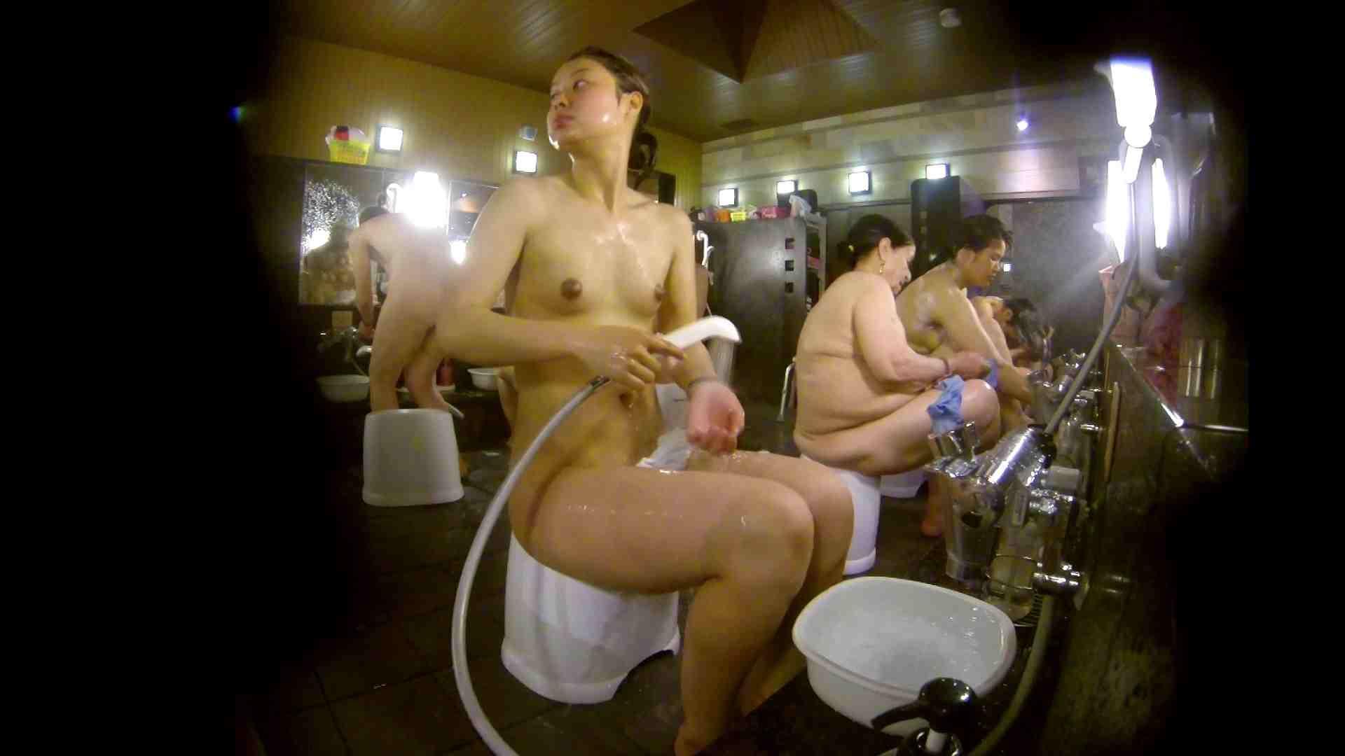 追い撮り!脱衣~洗い場、徹底追跡!撮り師さんに拍手!! 友人・知人 セックス画像 77枚 25