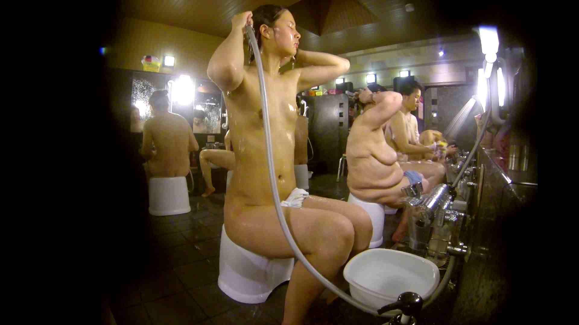 追い撮り!脱衣~洗い場、徹底追跡!撮り師さんに拍手!! 銭湯事情 セックス無修正動画無料 77枚 33