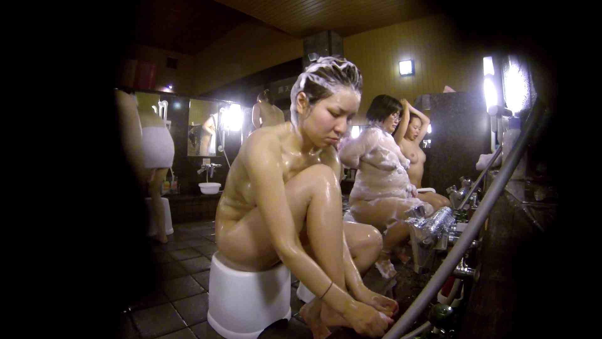 洗い場!色白でなかなかの美巨乳。柔らかく揺れまくりです お姉さんのSEX 濡れ場動画紹介 94枚 2