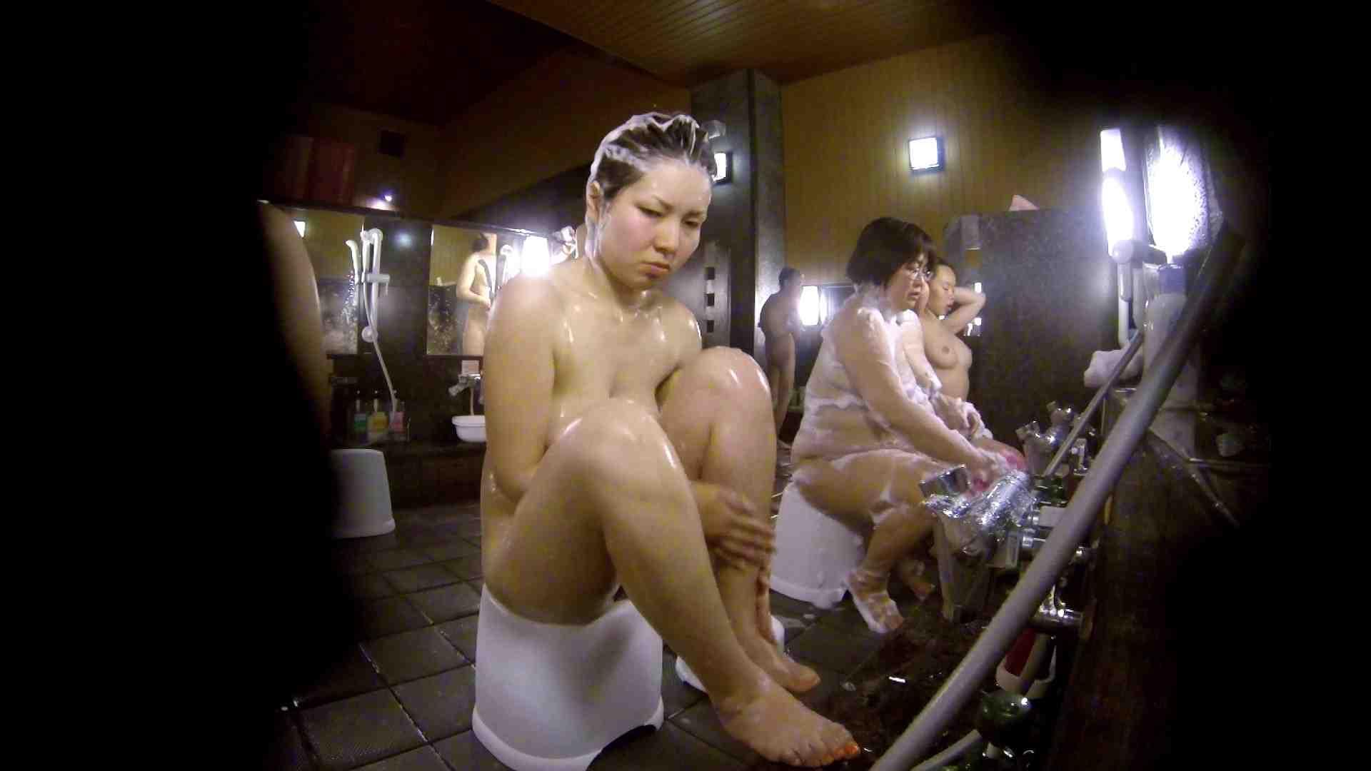 洗い場!色白でなかなかの美巨乳。柔らかく揺れまくりです むっちりガール おまんこ動画流出 94枚 3