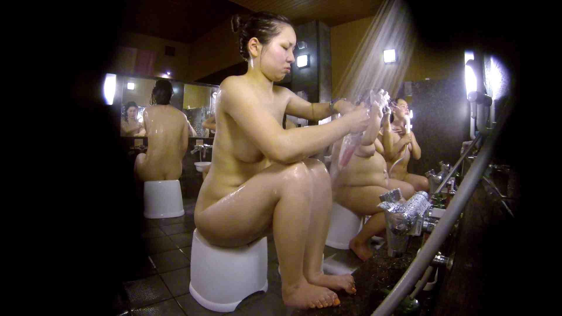洗い場!色白でなかなかの美巨乳。柔らかく揺れまくりです 銭湯事情 性交動画流出 94枚 22