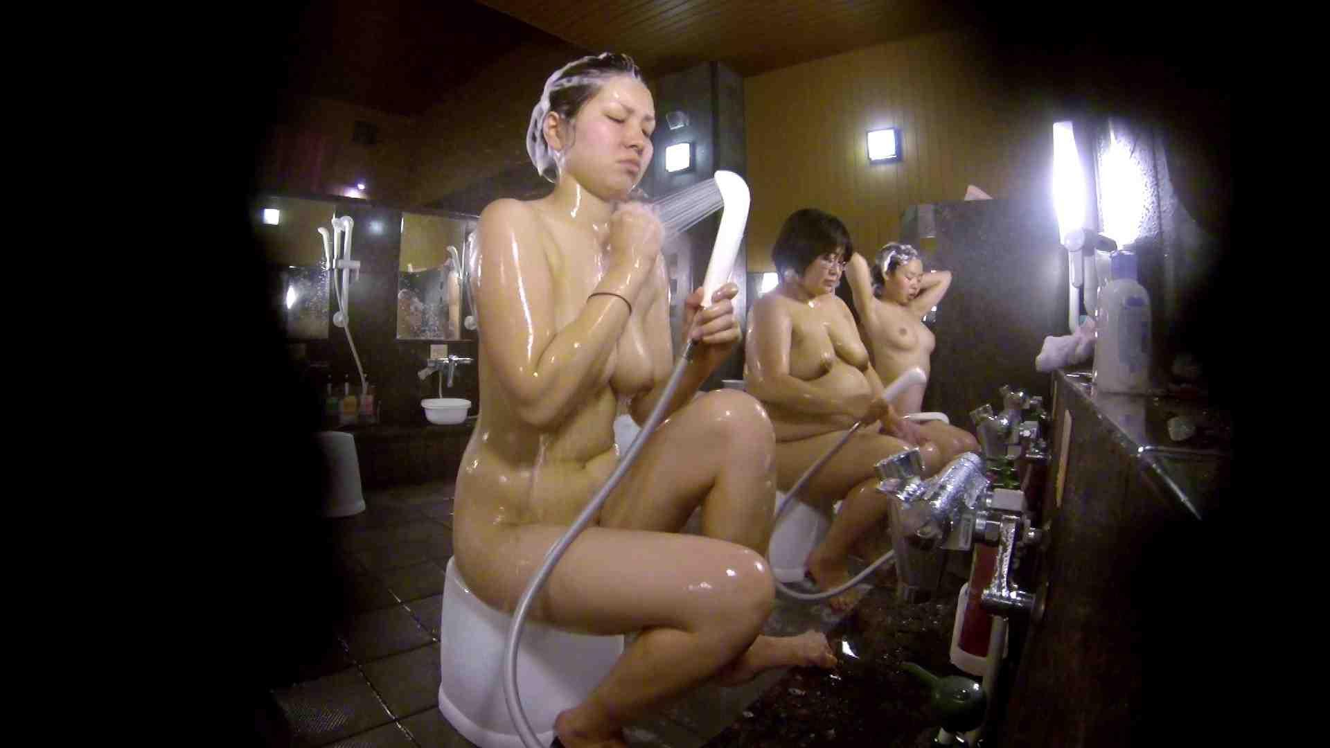 洗い場!色白でなかなかの美巨乳。柔らかく揺れまくりです 銭湯事情 性交動画流出 94枚 30