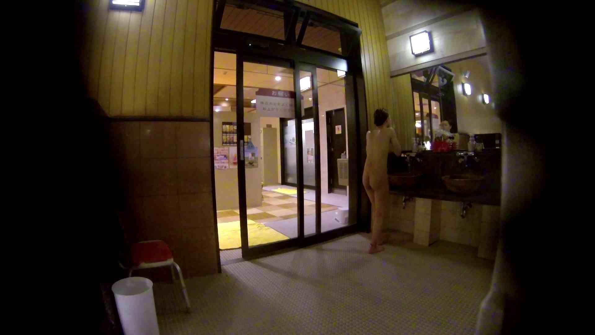 オムニバス!出入り口~シャワー~メイク室と移動。たくさんの女性が登場します お姉さんのSEX AV動画キャプチャ 81枚 3