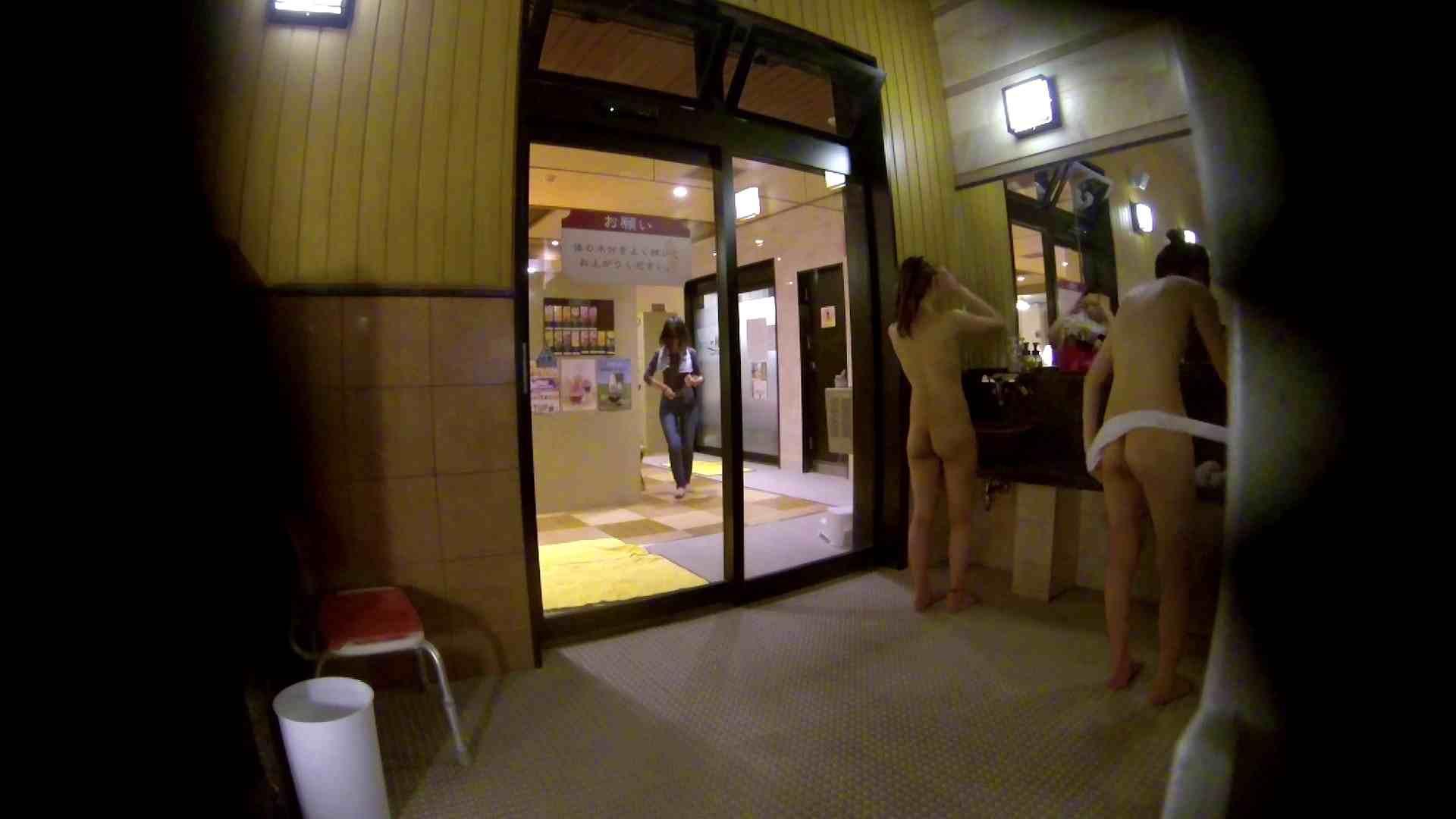 オムニバス!出入り口~シャワー~メイク室と移動。たくさんの女性が登場します 細身体型 オマンコ動画キャプチャ 81枚 14