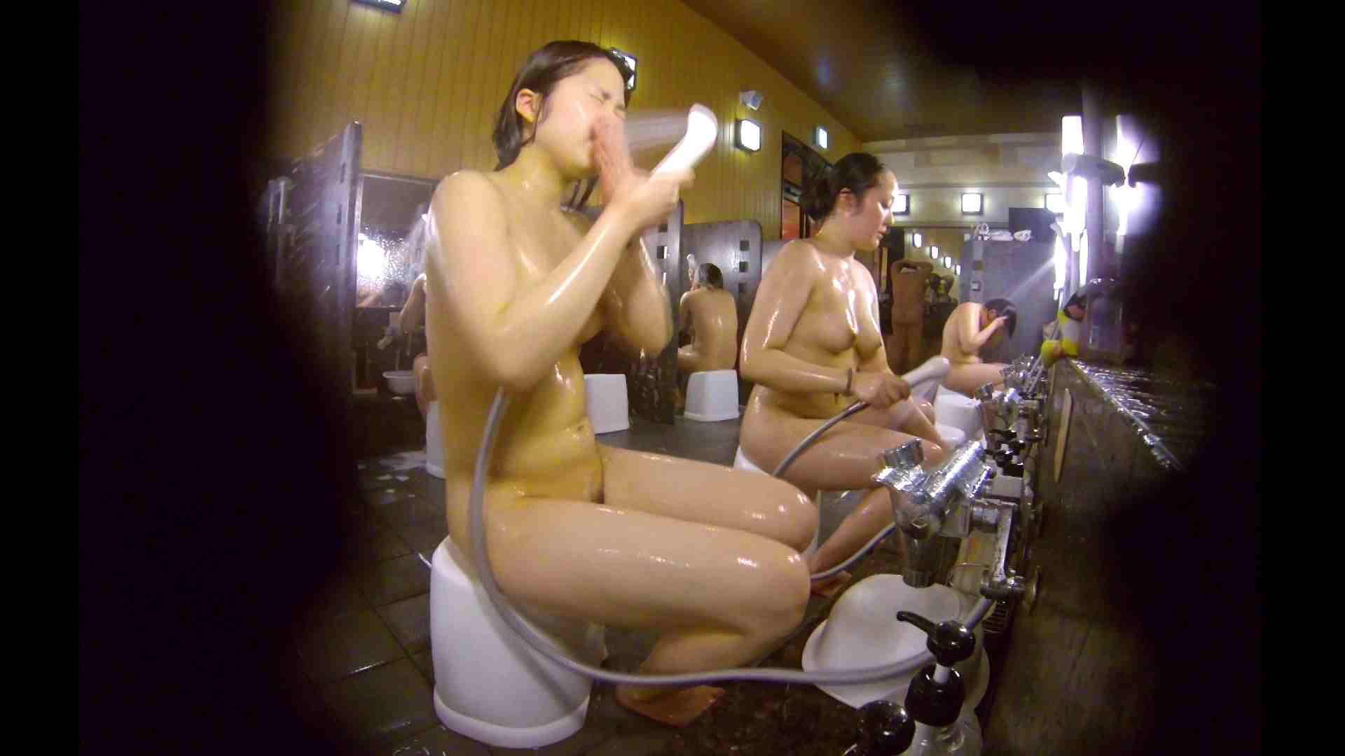 洗い場!ムッチリの2人組。美女ではないですが、触りたくなる体つき 潜入 ヌード画像 107枚 18