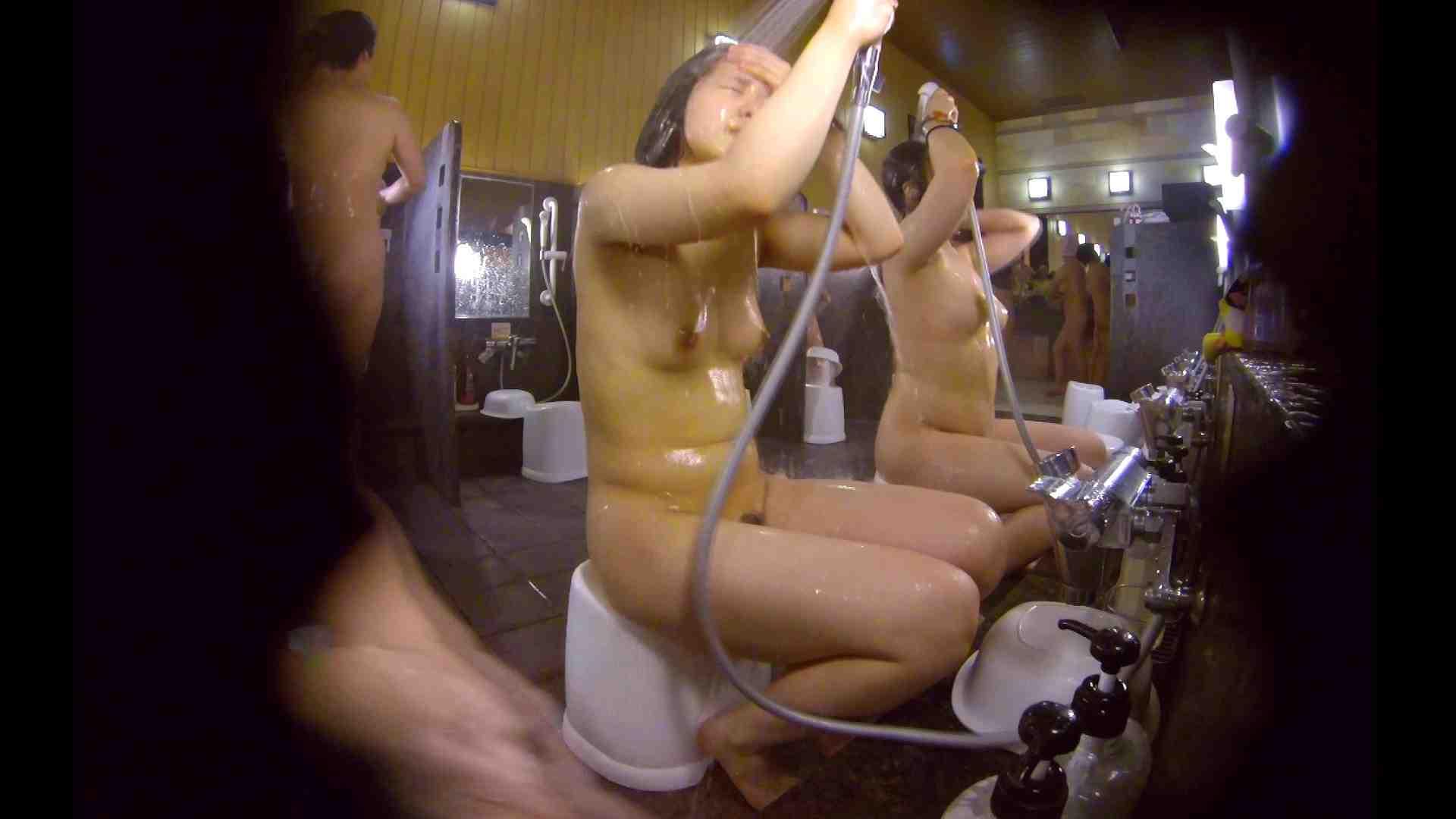 洗い場!ムッチリの2人組。美女ではないですが、触りたくなる体つき 美肌  107枚 35