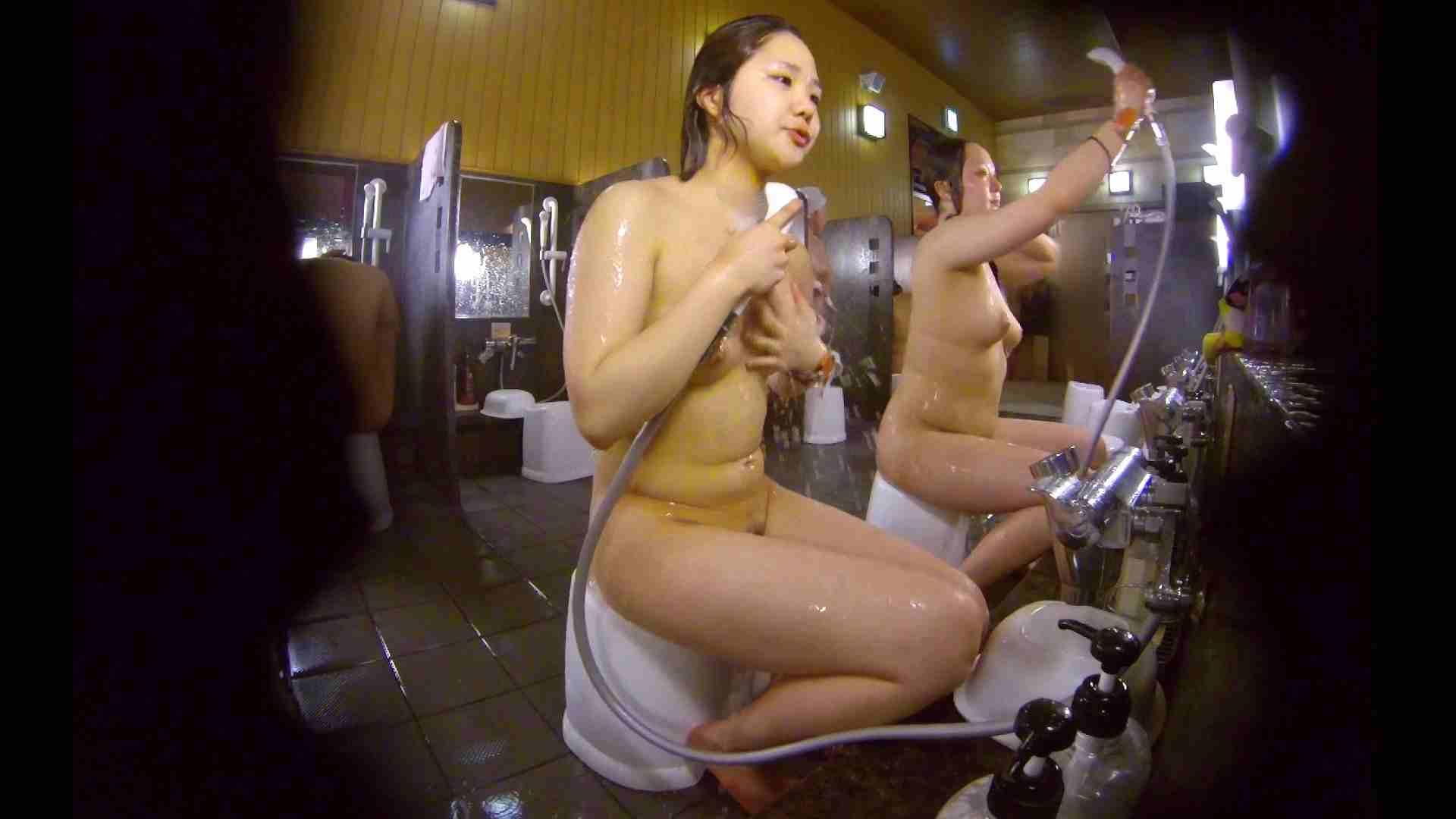洗い場!ムッチリの2人組。美女ではないですが、触りたくなる体つき 美肌  107枚 42