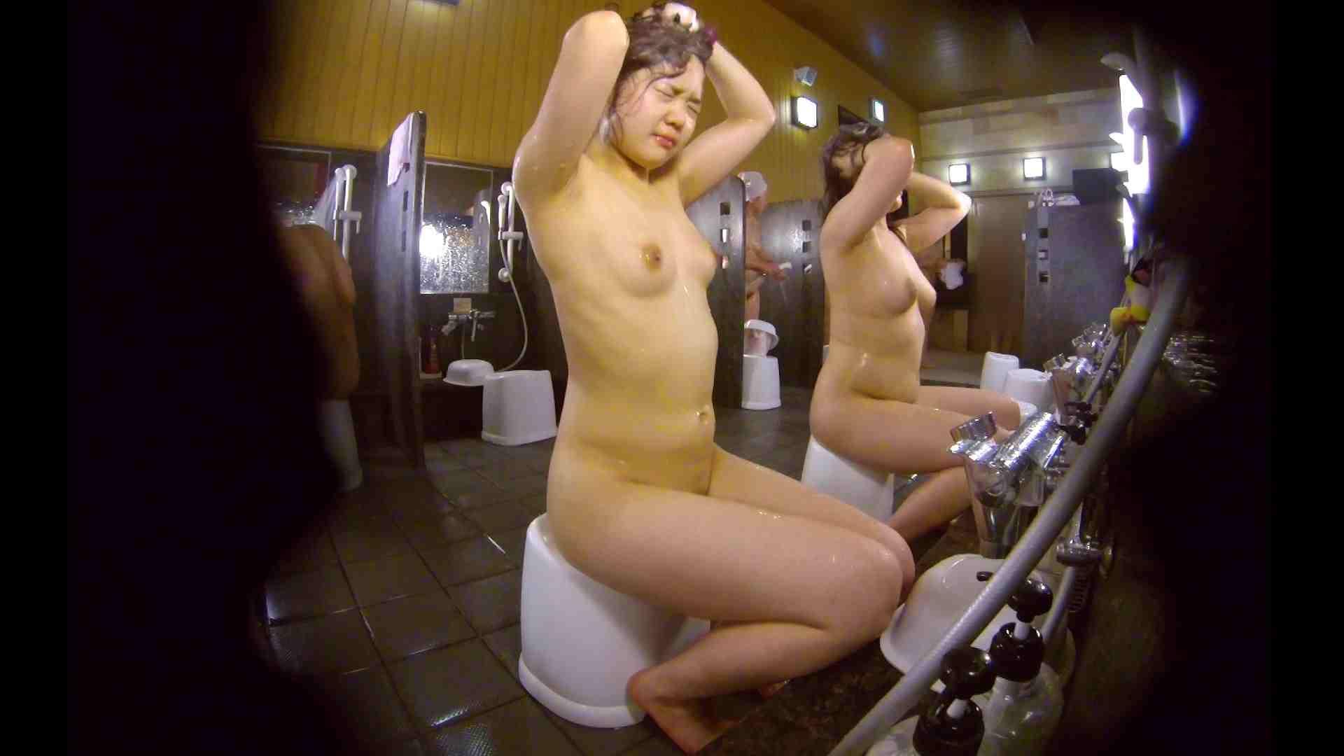洗い場!ムッチリの2人組。美女ではないですが、触りたくなる体つき 潜入 ヌード画像 107枚 46