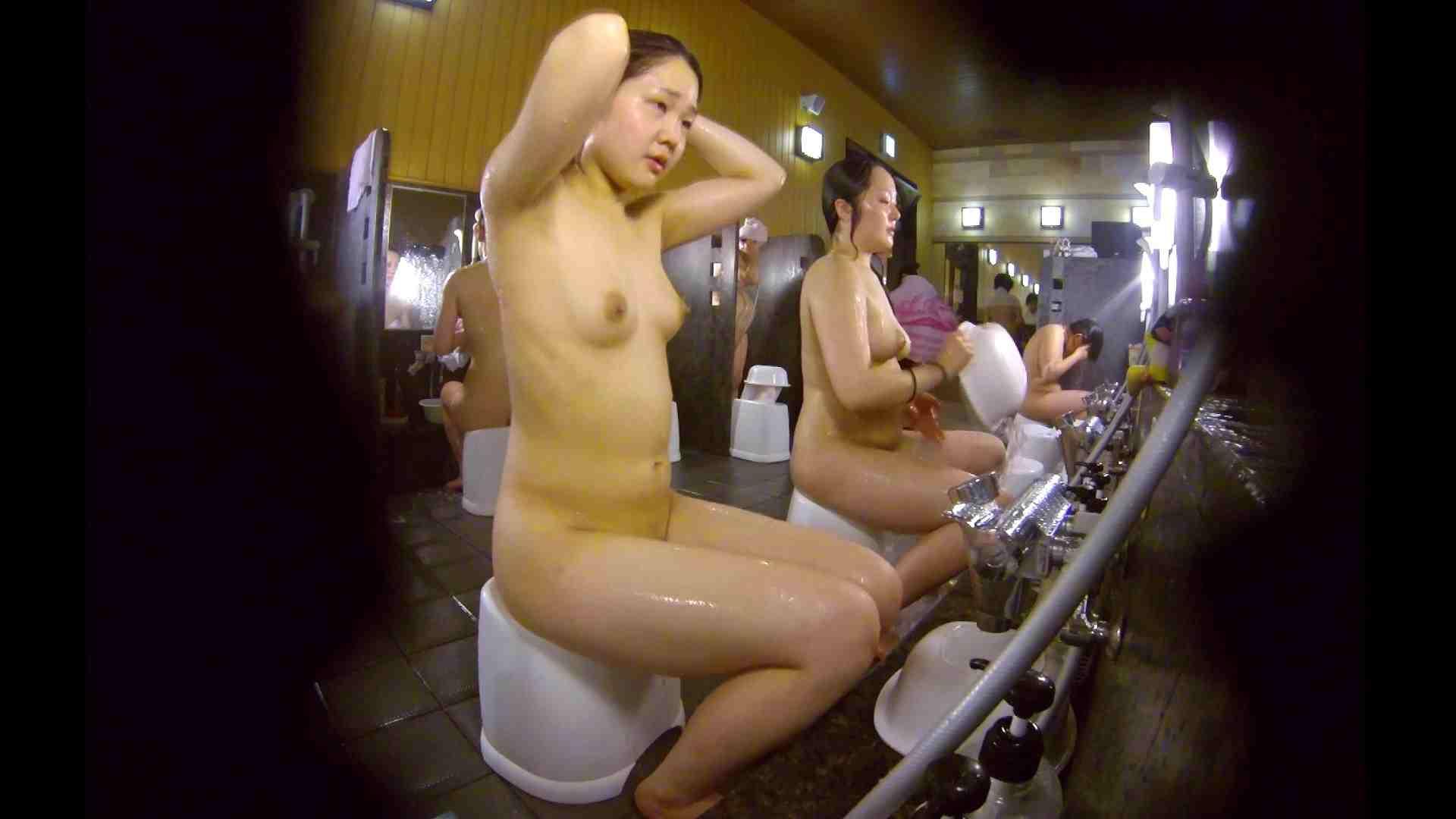 洗い場!ムッチリの2人組。美女ではないですが、触りたくなる体つき 潜入 ヌード画像 107枚 53