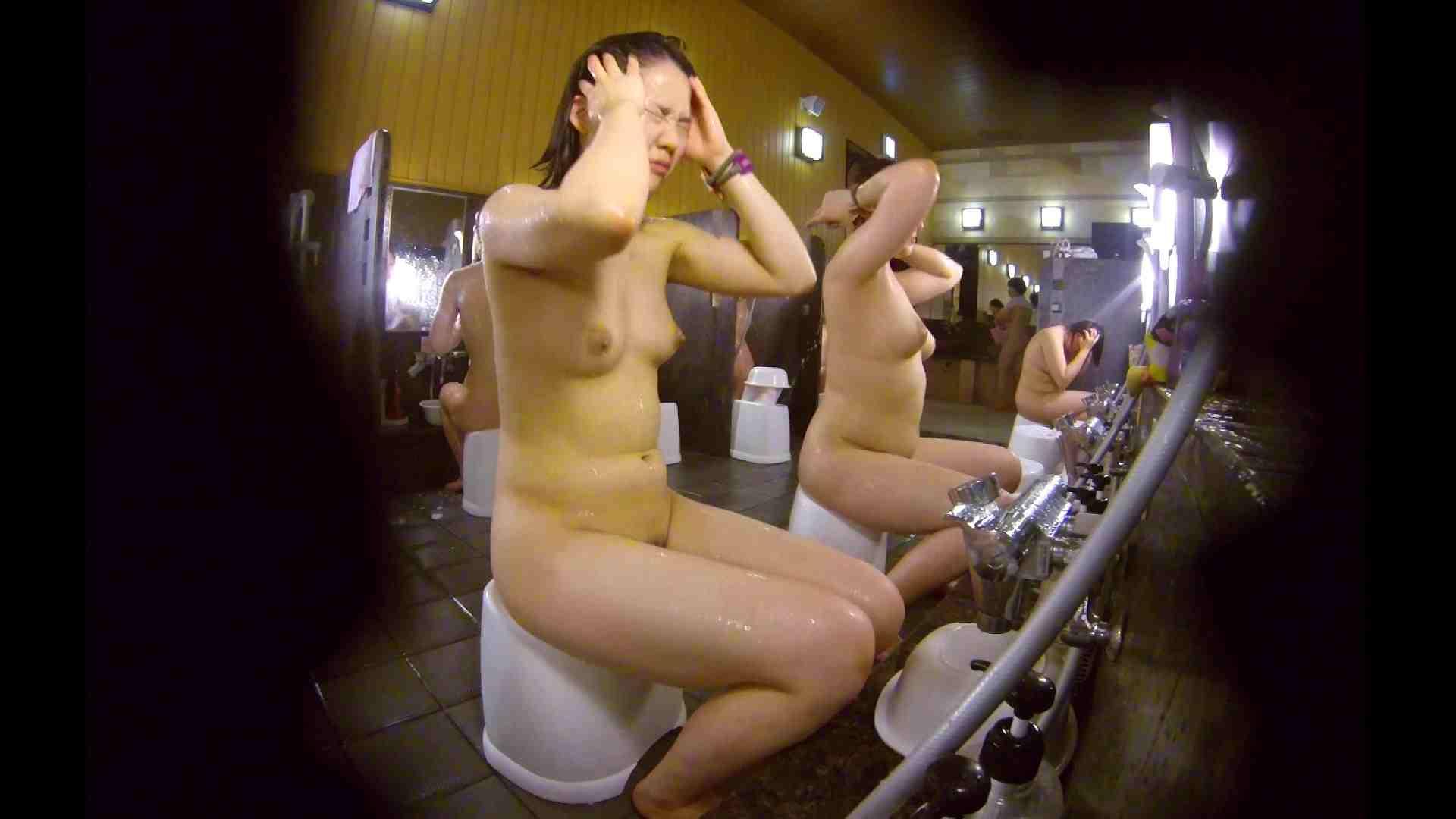洗い場!ムッチリの2人組。美女ではないですが、触りたくなる体つき 美肌  107枚 56