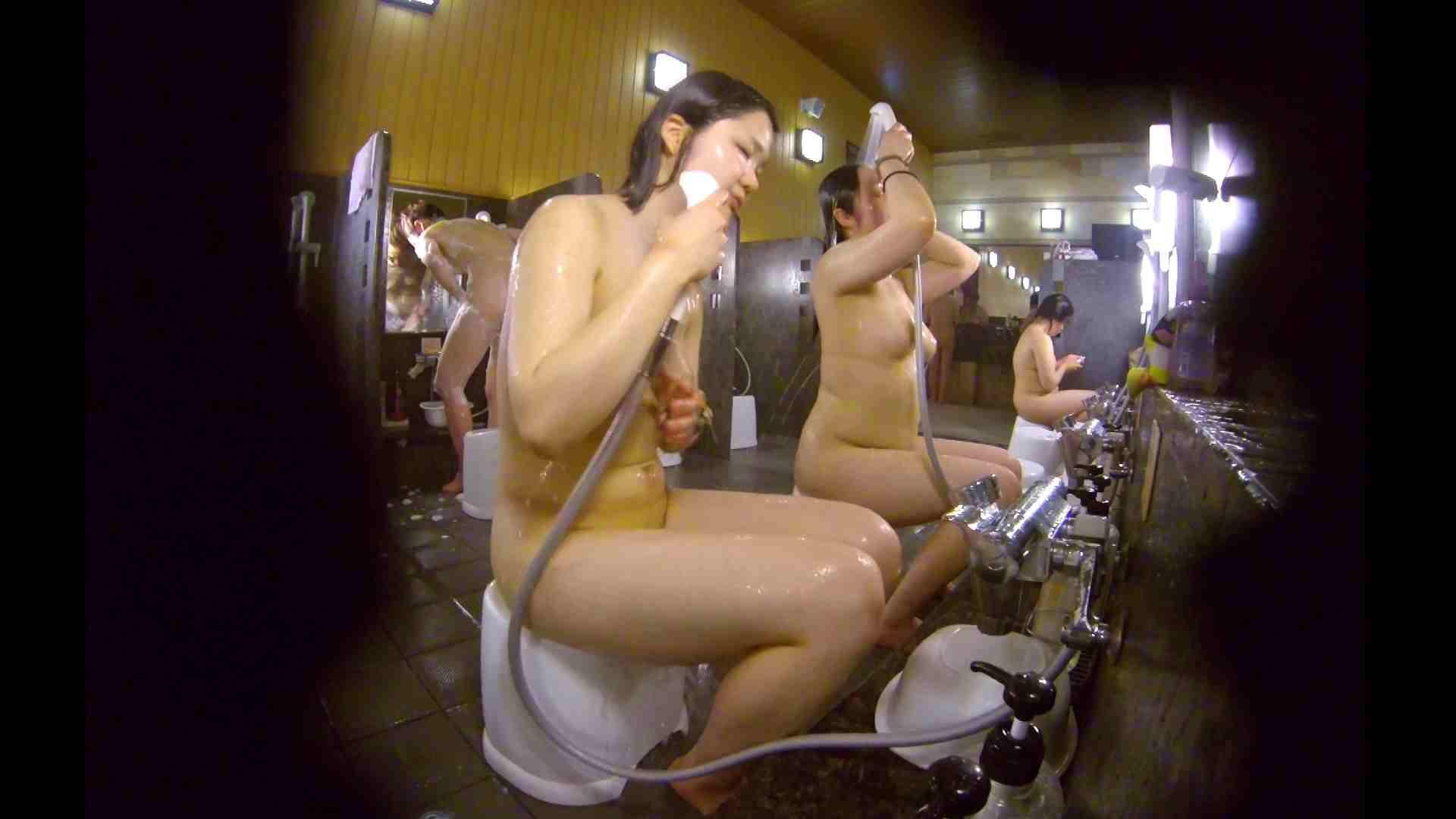 洗い場!ムッチリの2人組。美女ではないですが、触りたくなる体つき 美肌  107枚 77
