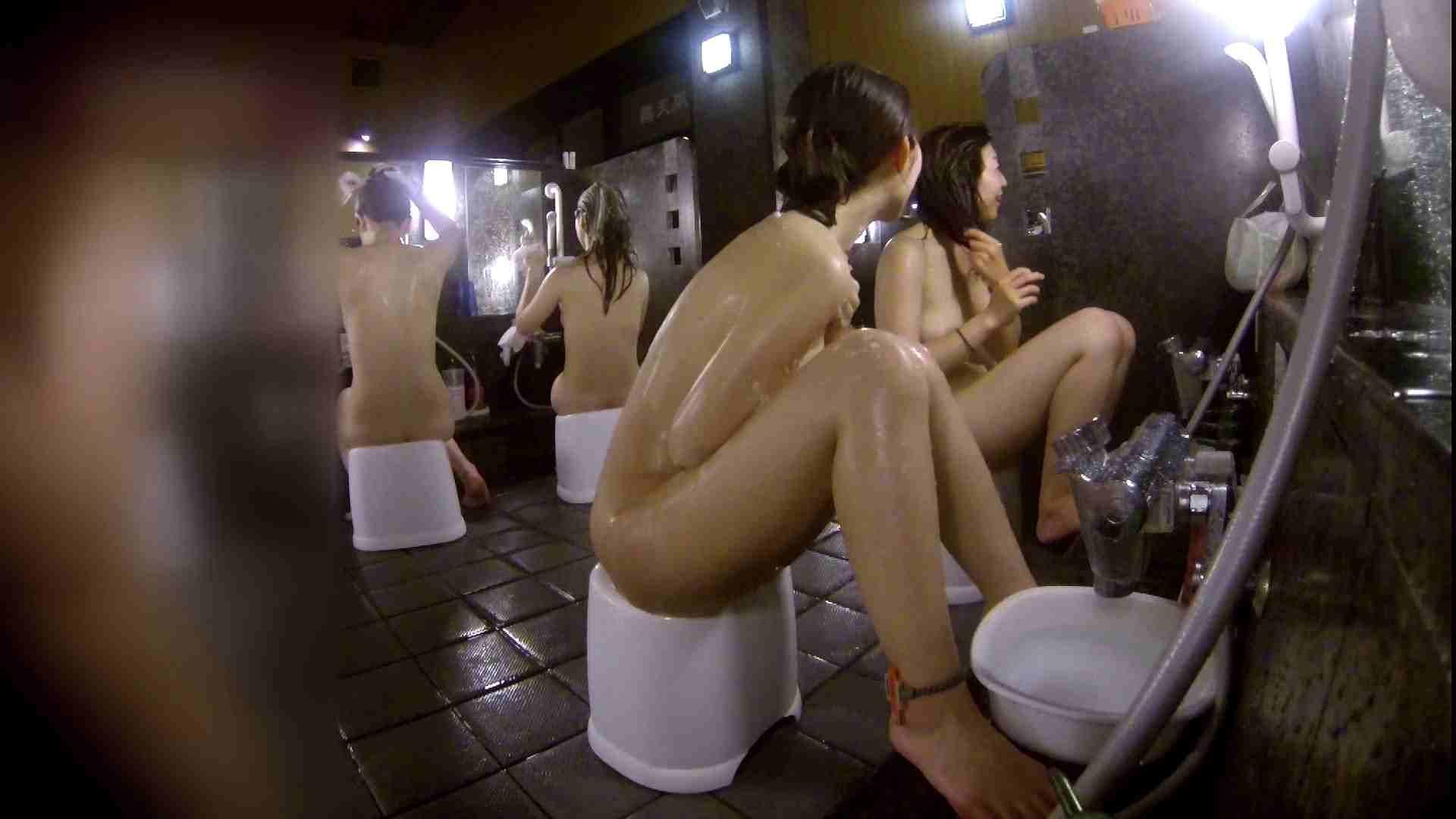 洗い場!地味目の女の子2人組。ずっと話しながら洗ってます。 むっちりガール おまんこ動画流出 111枚 37
