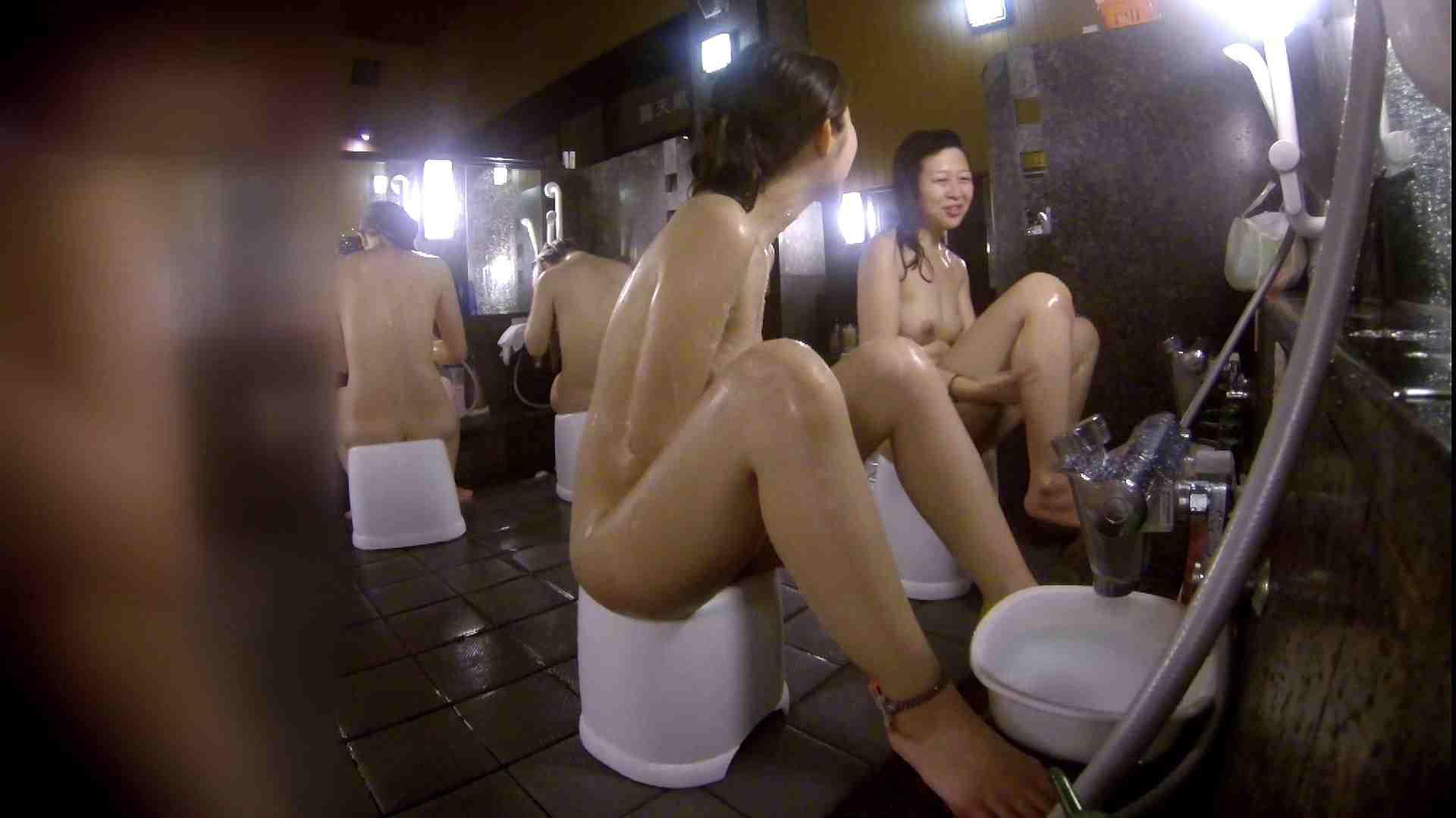 洗い場!地味目の女の子2人組。ずっと話しながら洗ってます。 細身体型 アダルト動画キャプチャ 111枚 43