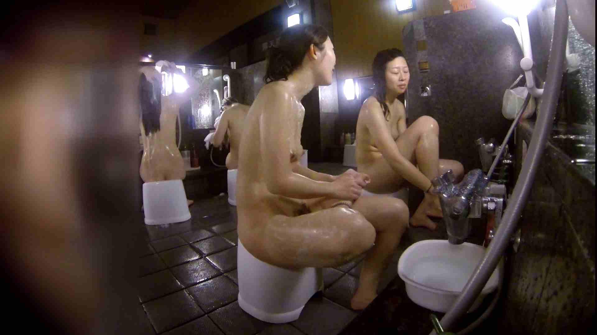 洗い場!地味目の女の子2人組。ずっと話しながら洗ってます。 むっちりガール おまんこ動画流出 111枚 45