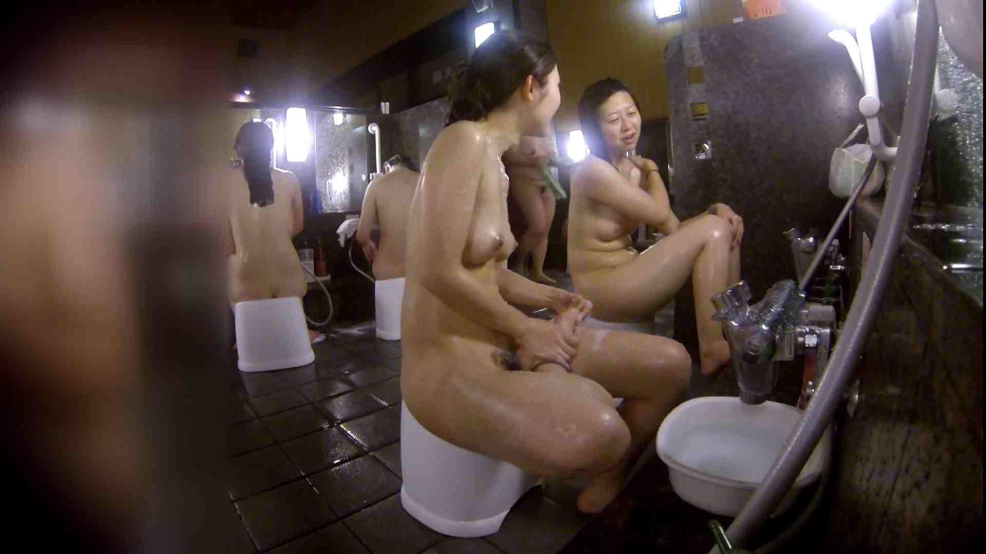洗い場!地味目の女の子2人組。ずっと話しながら洗ってます。 潜入 ぱこり動画紹介 111枚 52