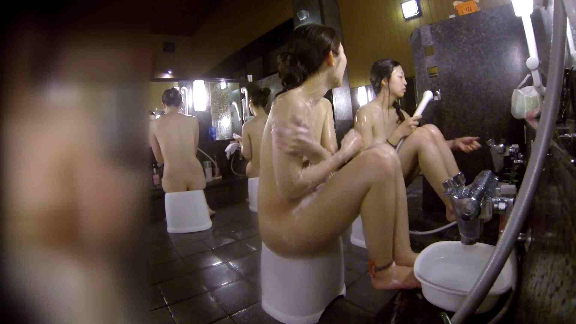 洗い場!地味目の女の子2人組。ずっと話しながら洗ってます。 細身体型 アダルト動画キャプチャ 111枚 75