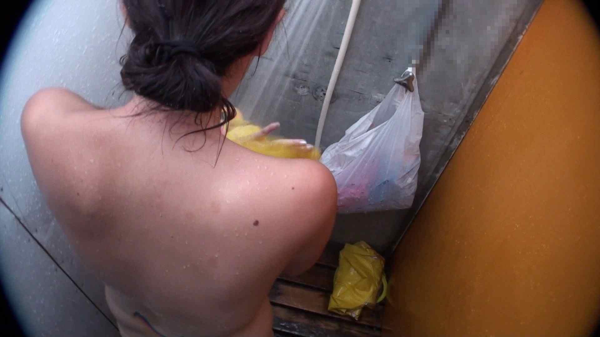 ハイビジョンVol.31 清楚なママのパンツはティーバック シャワー室 スケベ動画紹介 102枚 51