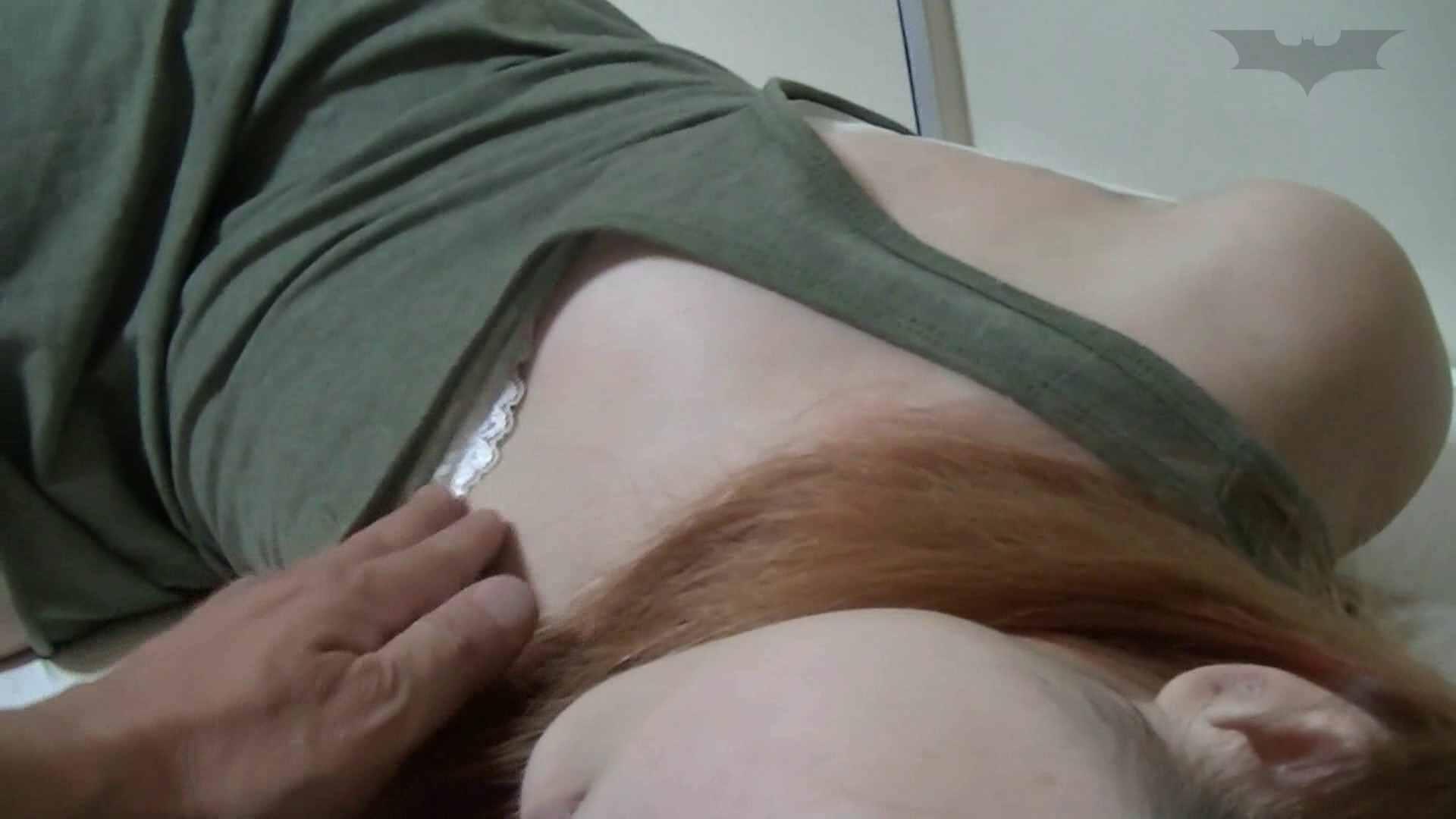 寝ている間にマンコを舐める影対姪っ子友達Gカップ処女 桃色乳首  84枚 60
