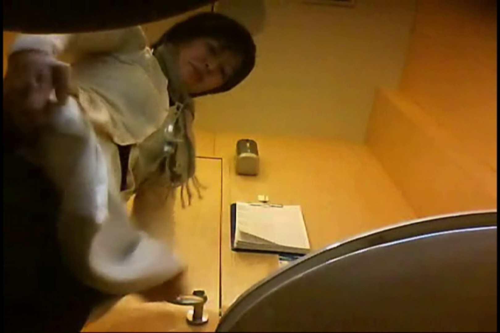 マダムが集まるデパートお手洗い Vol.01 丸見え われめAV動画紹介 100枚 32