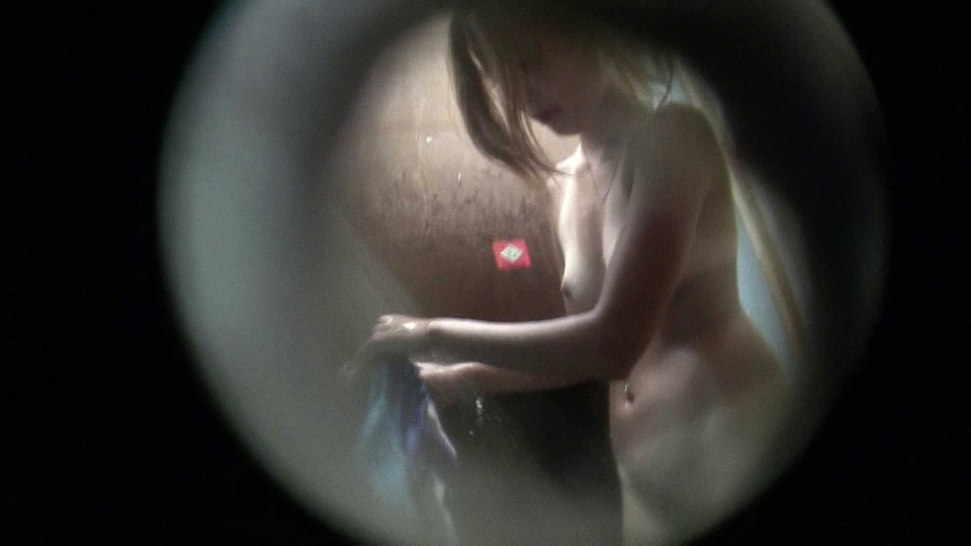NO.02 見事に日焼けした年齢不詳のお女市さん シャワー室 ワレメ無修正動画無料 91枚 59