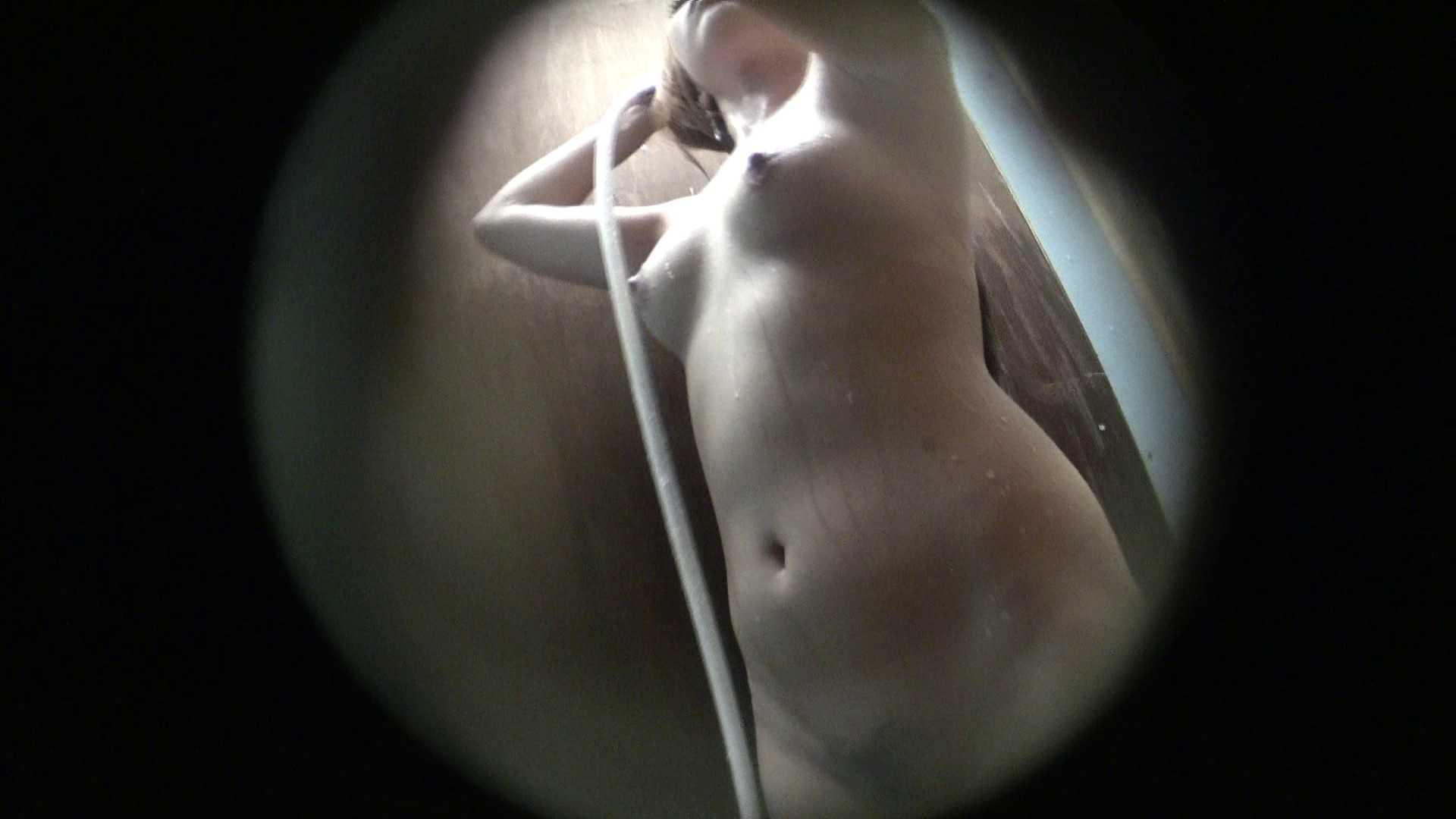 NO.03 ムッチリ色白ボディーに少し大きな乳輪 シャワー スケベ動画紹介 90枚 33