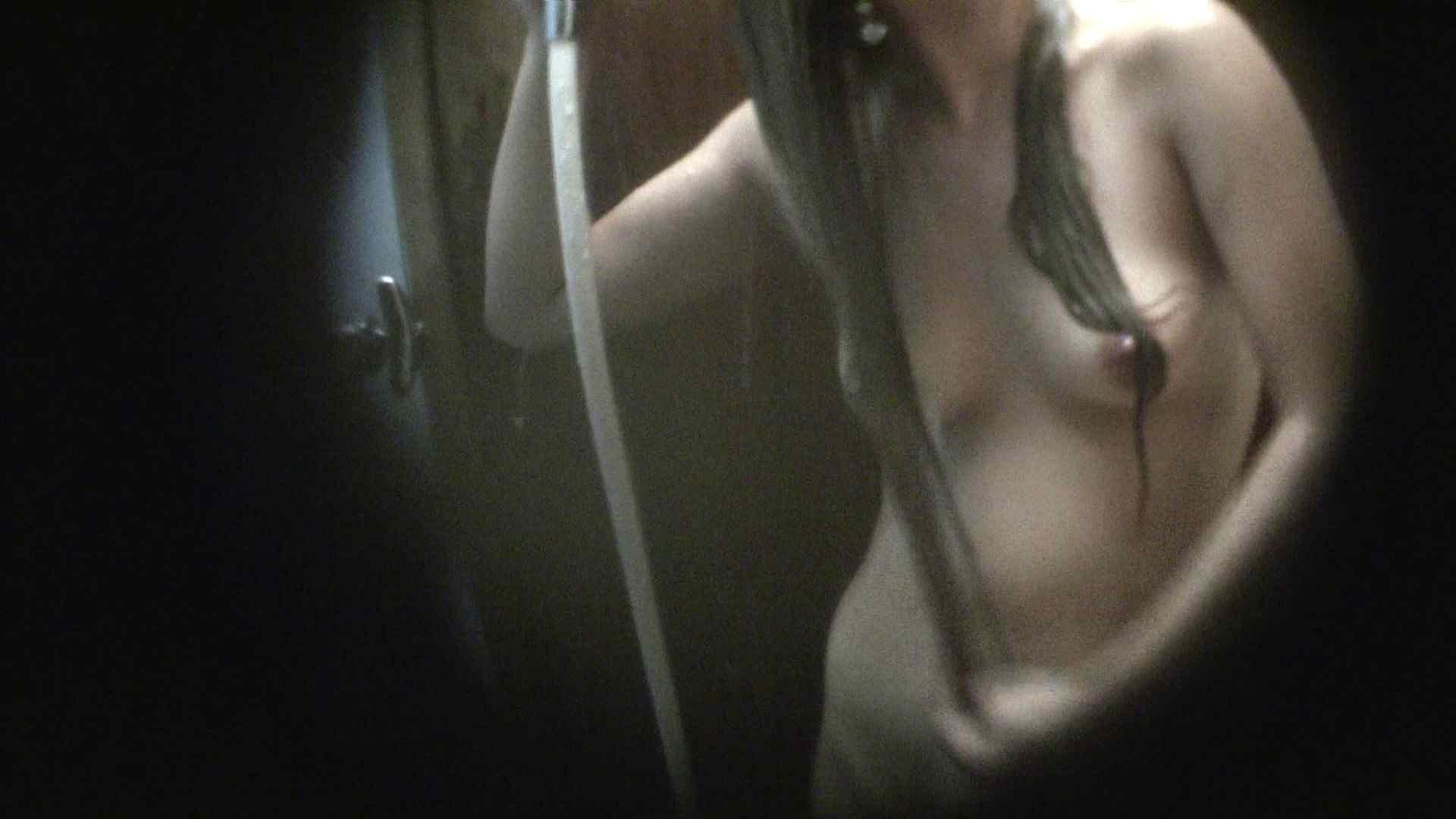 NO.03 ムッチリ色白ボディーに少し大きな乳輪 シャワー スケベ動画紹介 90枚 47