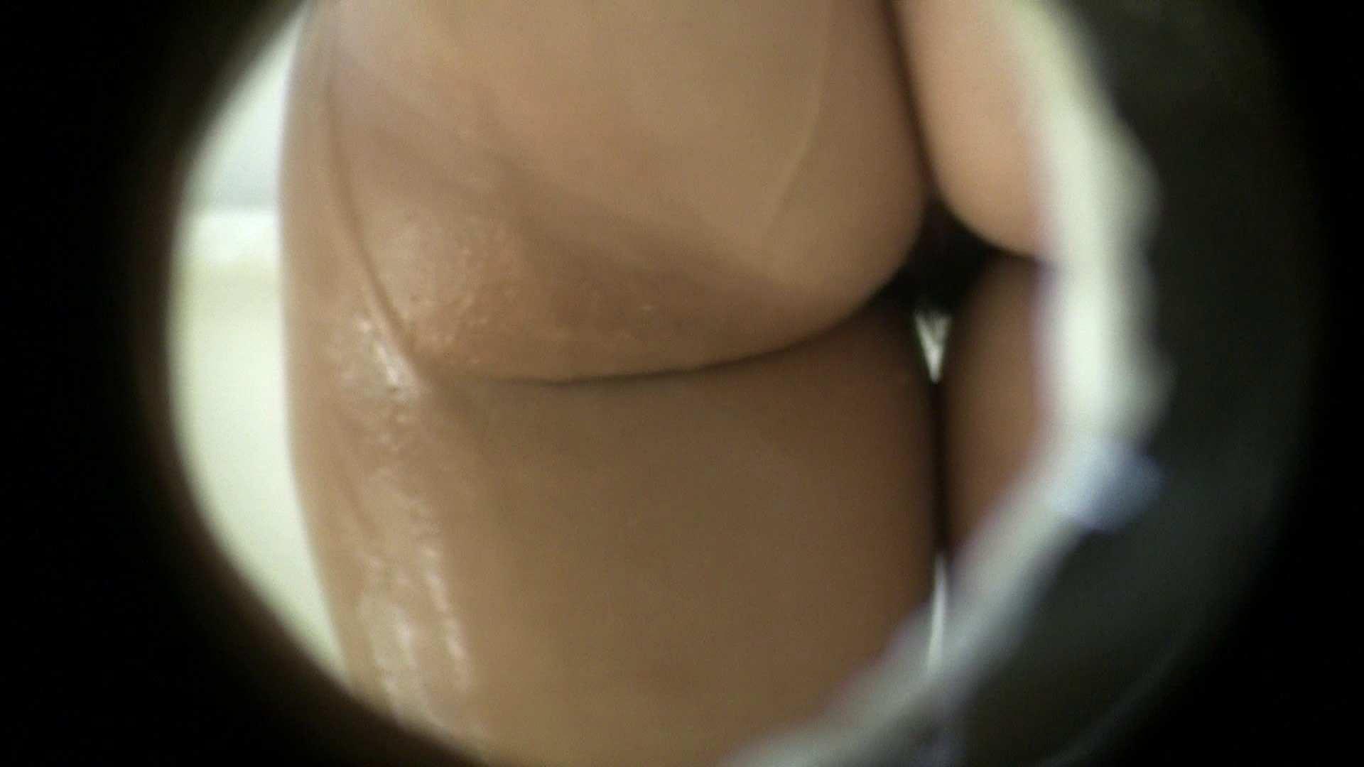 NO.10 小さな穴から一本道を狙う!! シャワー室 ワレメ無修正動画無料 99枚 57