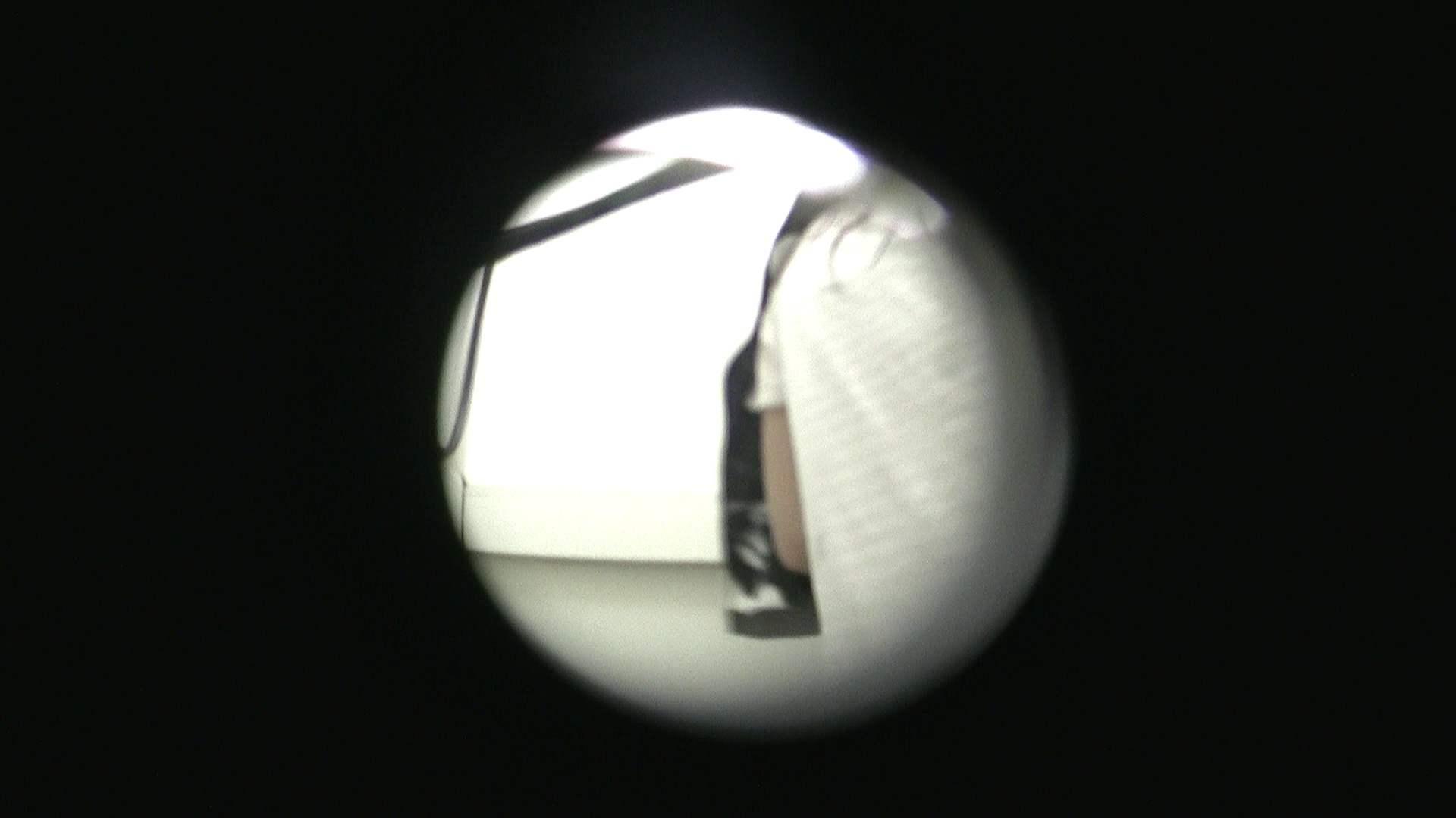 NO.22 何をニヤニヤしているのやら【MKB10位】 細身体型 エロ無料画像 100枚 26