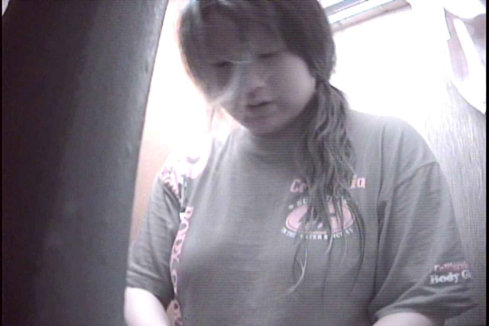 File.36 珍しいポチャポチャ嬢。なかなかの腹回りです。 シャワー室 セックス無修正動画無料 108枚 3