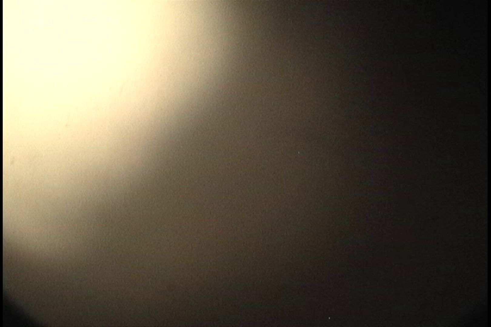 No.27 ロケットオッパイ、モジャモジャの奥に薄っすらとスジが! 接写 オマンコ無修正動画無料 103枚 65
