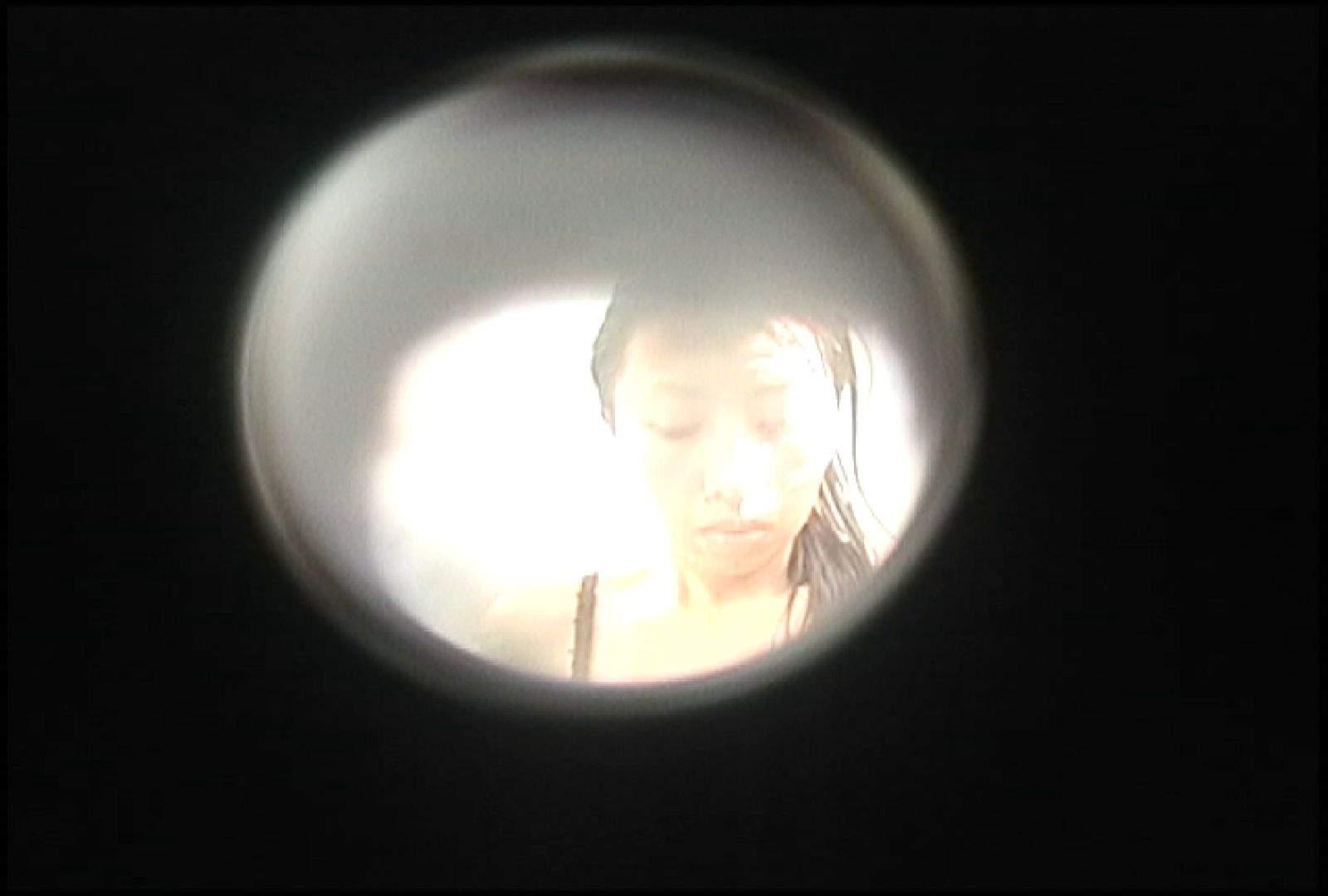 No.143 帝王切開の跡は女の勲章! シャワー室 | 接写  93枚 22