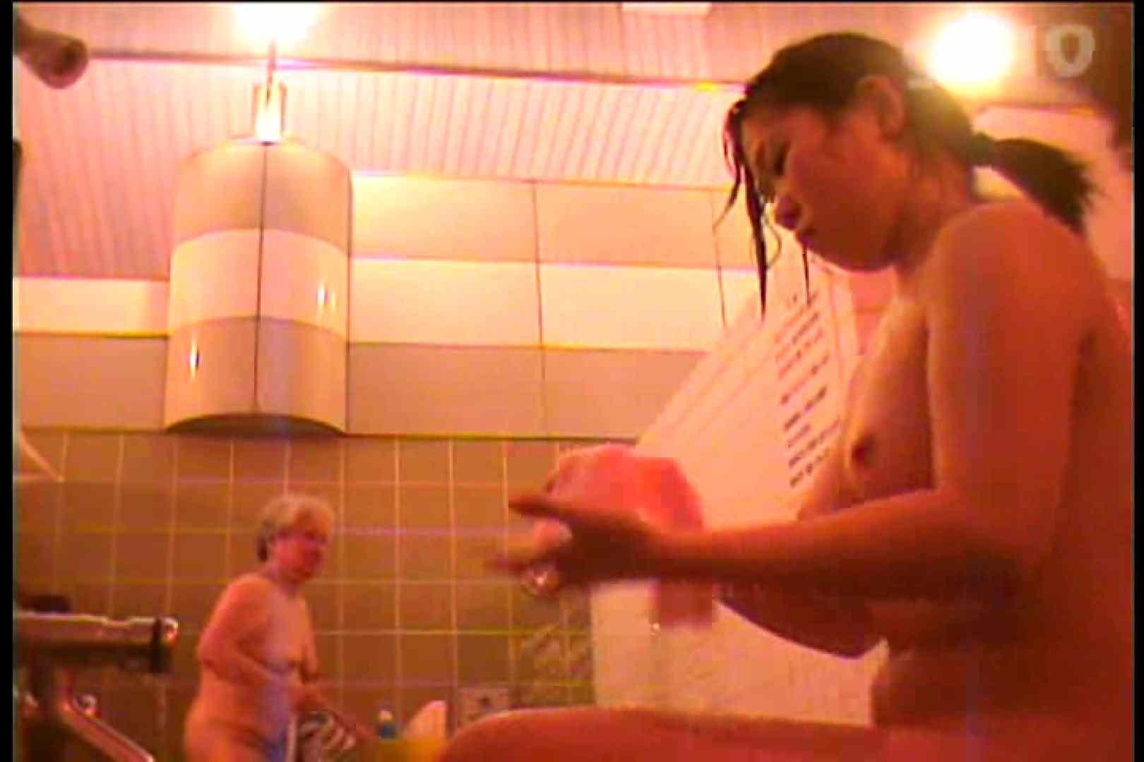 電波カメラ設置浴場からの防HAN映像 Vol.10 ギャル達  85枚 30
