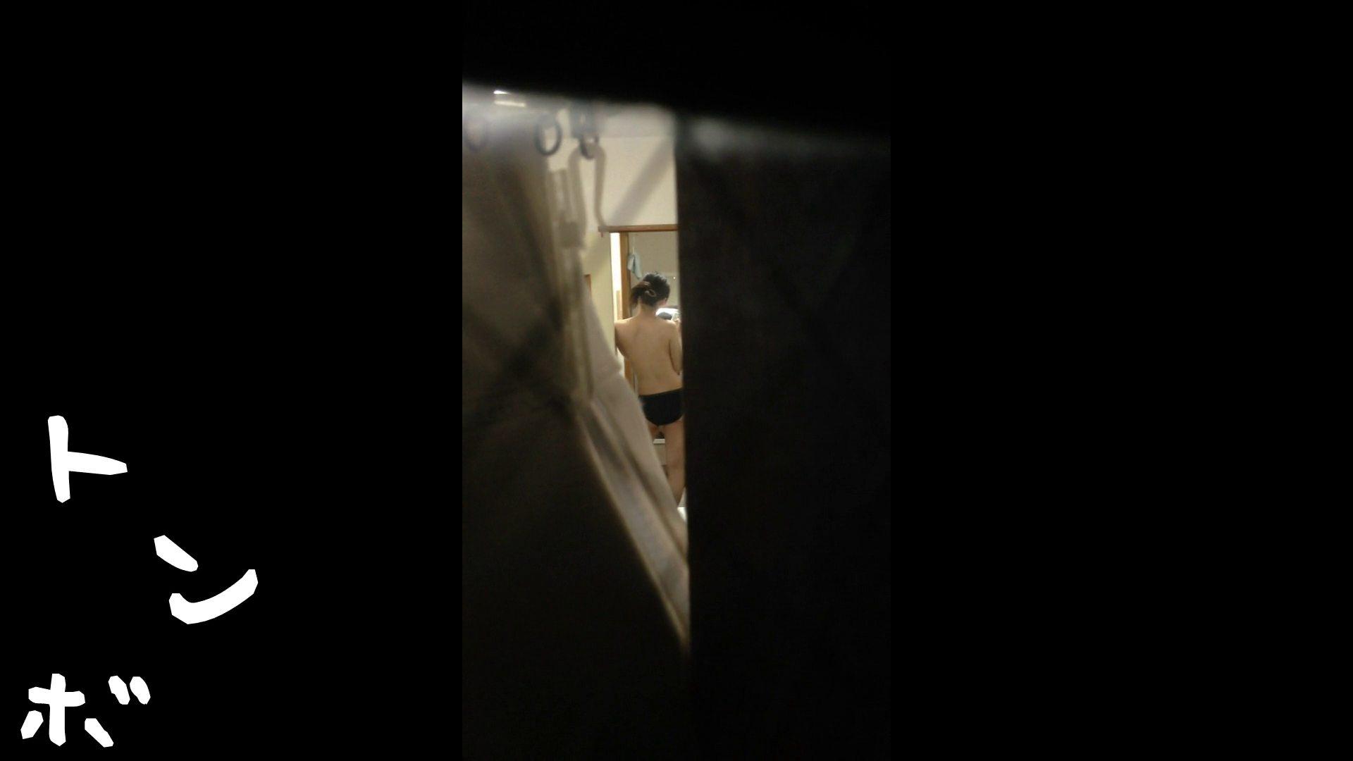 【リアル盗撮】元ジュディマリのYIUKI似 某歌手丸秘ヌード 美肌 濡れ場動画紹介 75枚 33