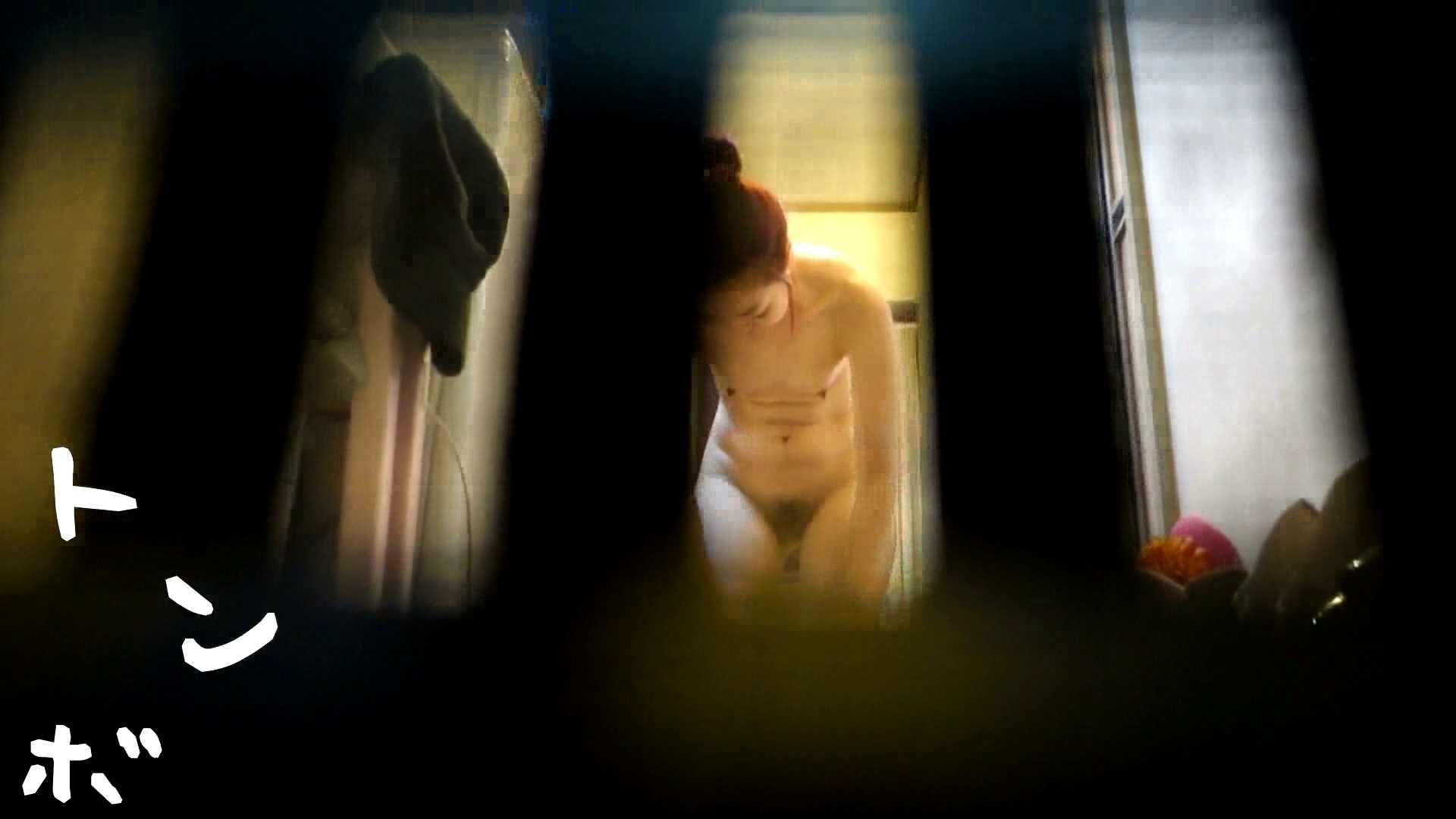 リアル盗撮 代官山ショップ店員の私生活ヌード 美乳 戯れ無修正画像 79枚 77
