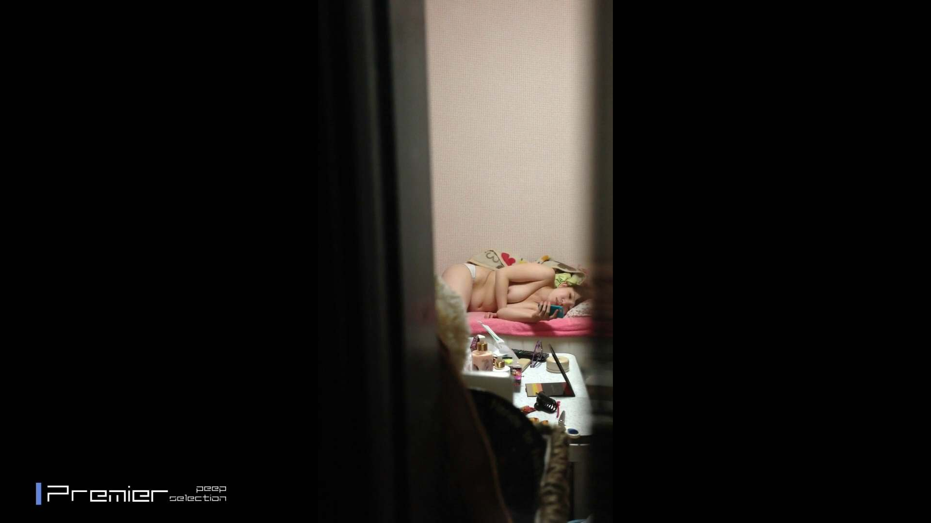 吉祥寺の美容師 エロい休日 美女達の私生活に潜入! 美女  92枚 13