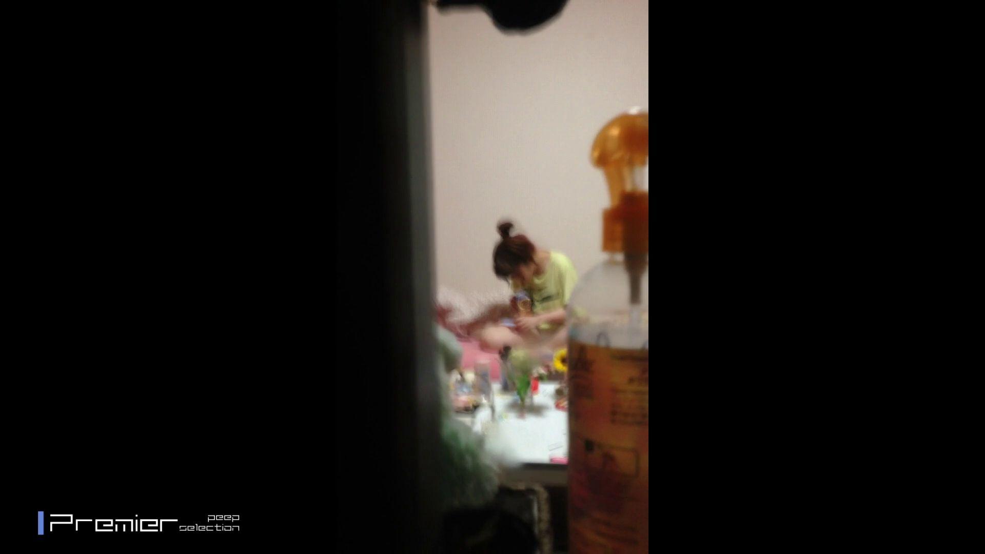 吉祥寺の美容師 エロい休日 美女達の私生活に潜入! 美肌 オメコ動画キャプチャ 92枚 57
