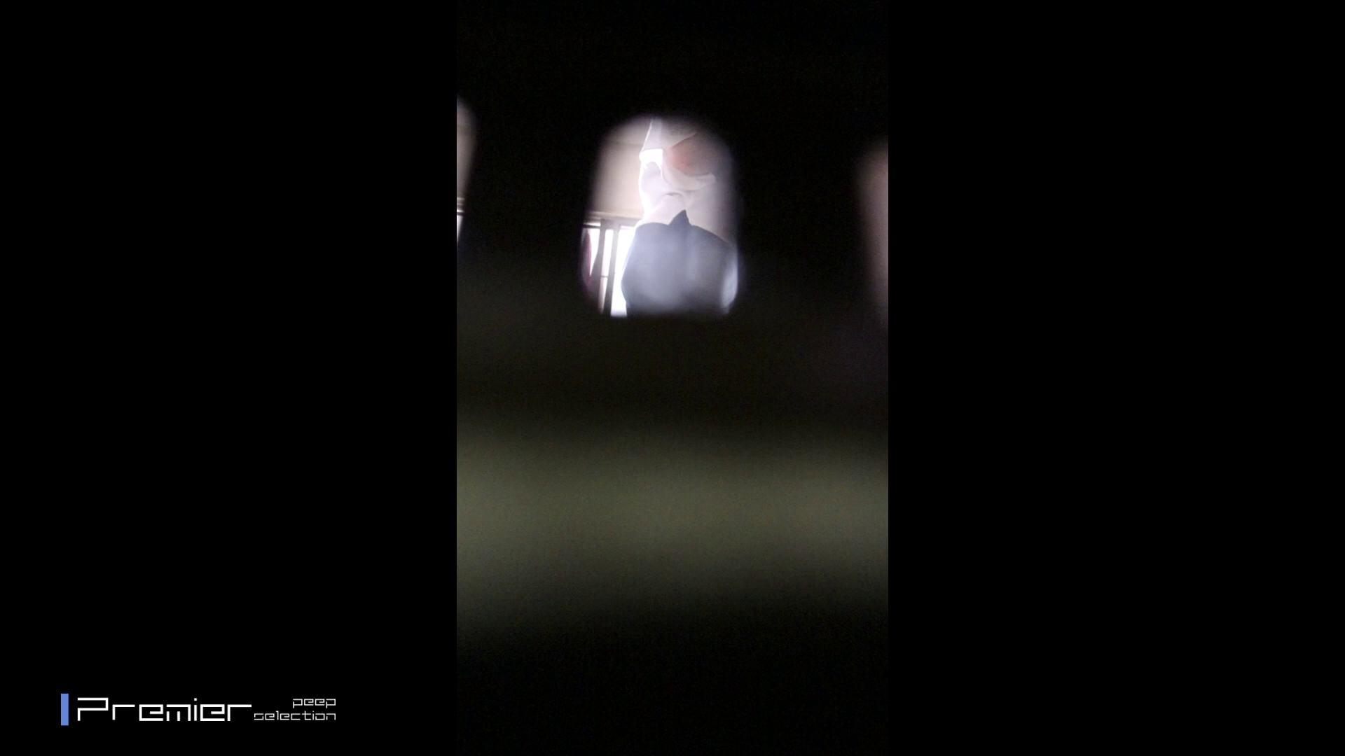窓越しのエロい風景 美女達の私生活に潜入! 桃色乳首 AV無料動画キャプチャ 105枚 52