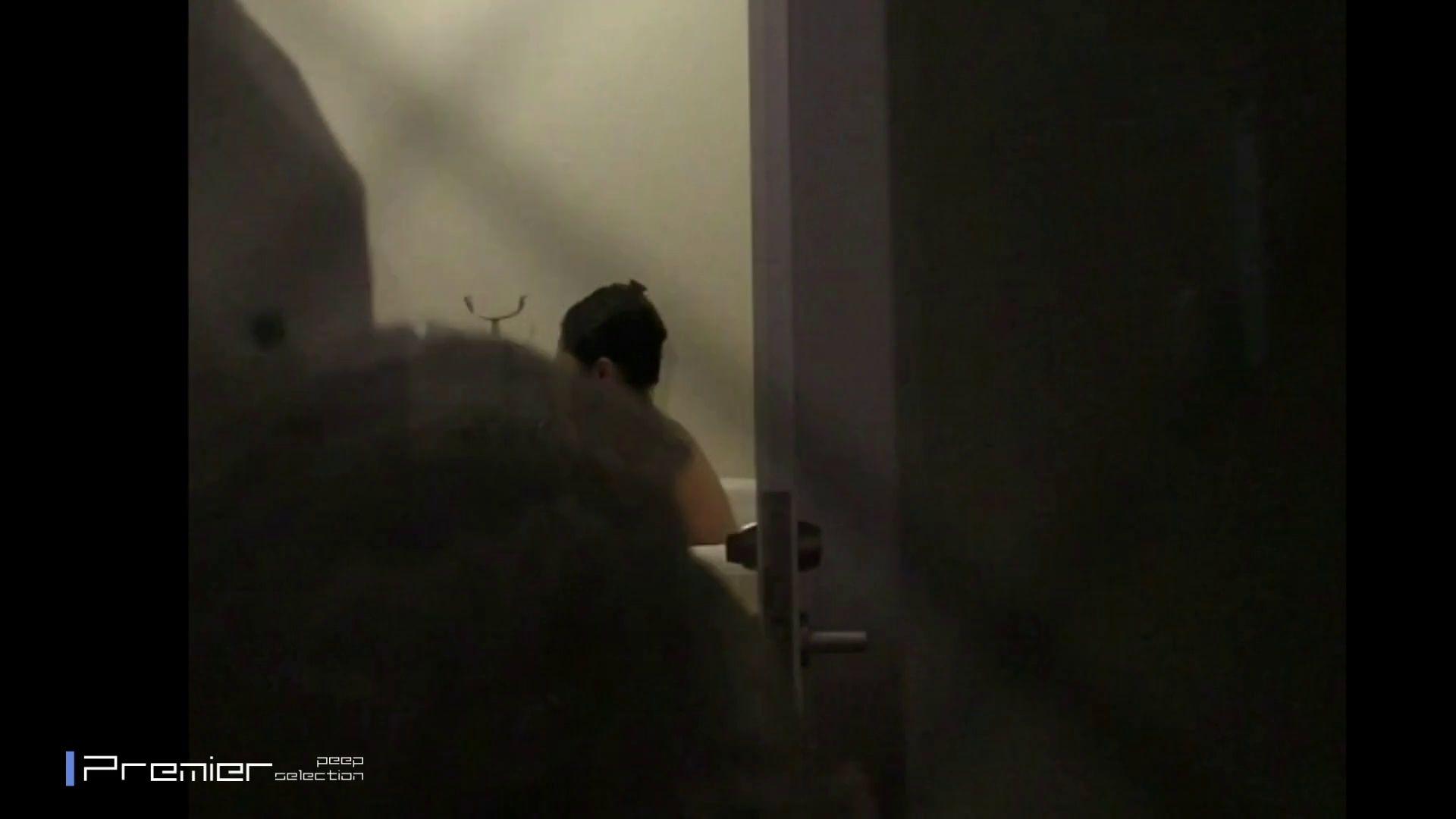 未公開★現役モデルのシャワー  美女達の私生活に潜入! 丸見え エロ無料画像 94枚 46