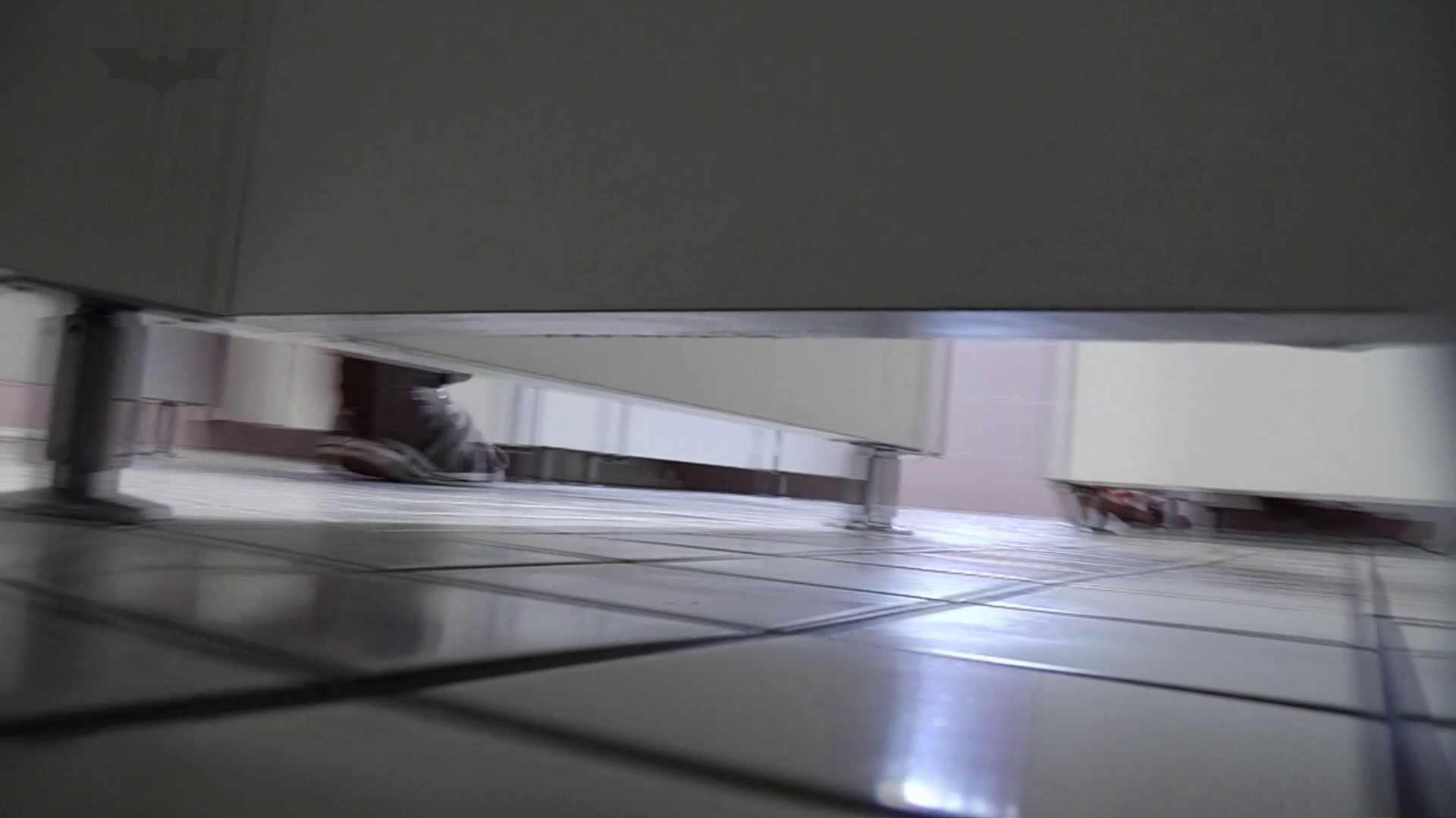 日本の未来 No.07 NO5ついに異次元に侵入の顔撮り初公開です。 洗面所のぞき  86枚 21