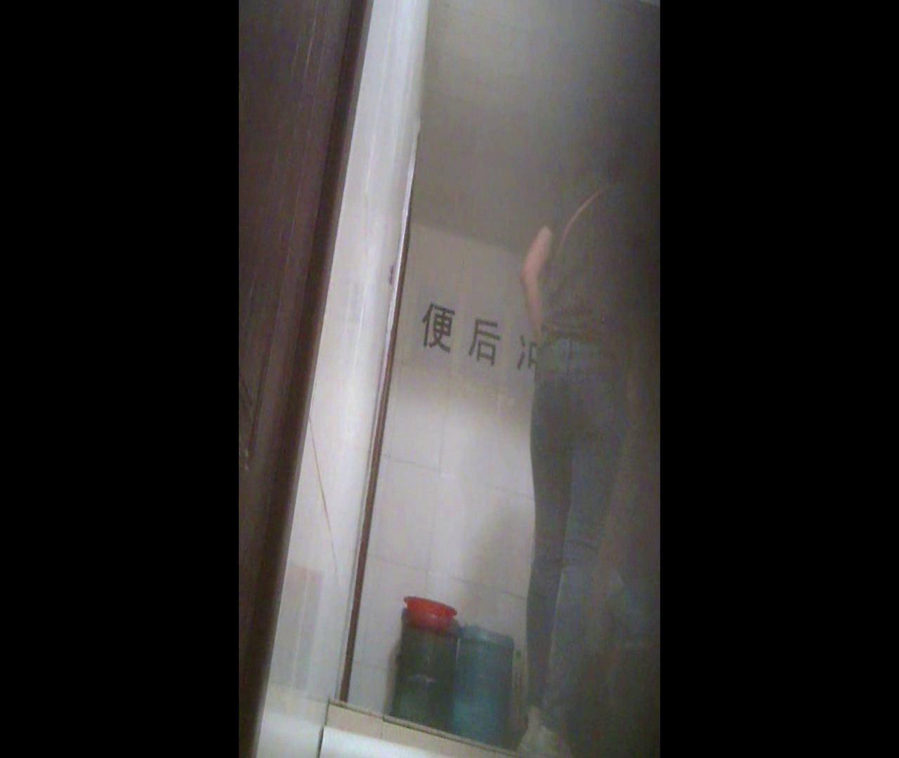 Vol.07 ワンサイズ小さめのデニムかっちゃいました。 洗面所のぞき  76枚 66