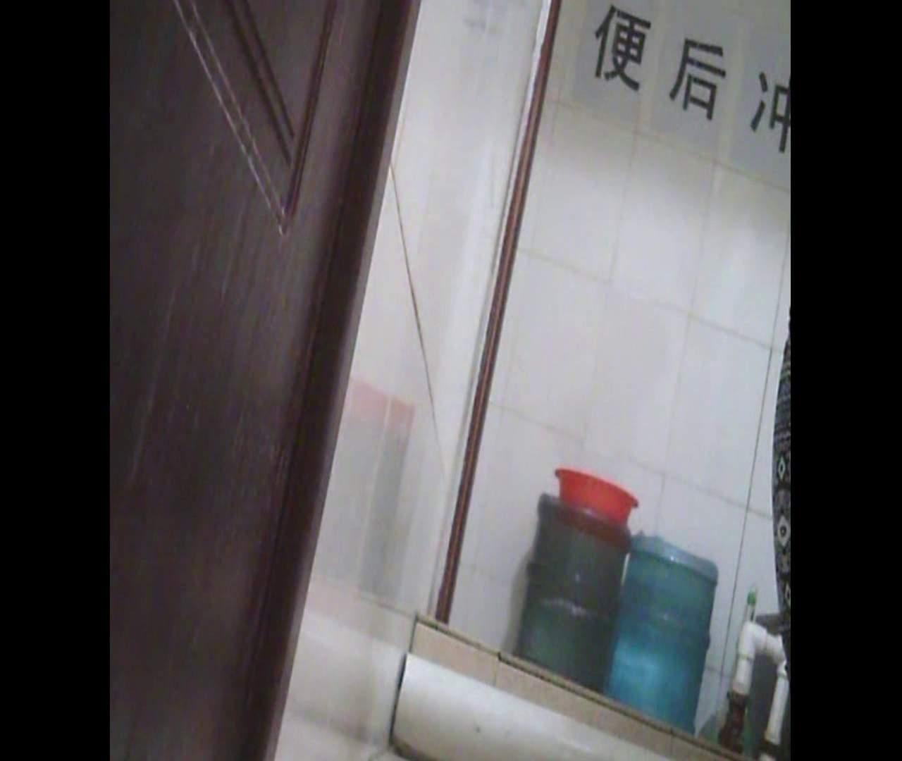 Vol.26 鼻歌は万国共通です。 ギャル達 | 洗面所のぞき  91枚 25