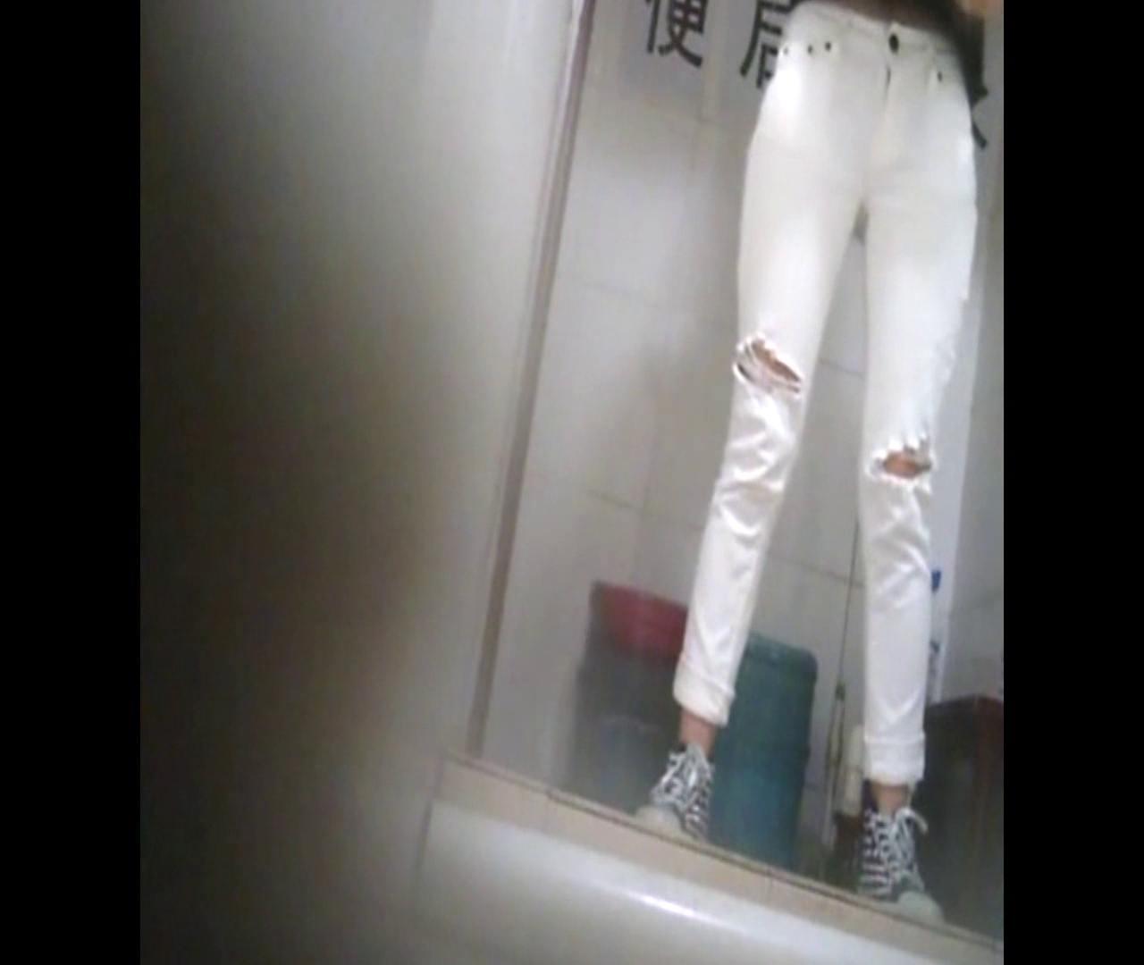 Vol.47 二度目の登場!絶対白いズボンの時は・・・ 丸見え  80枚 12