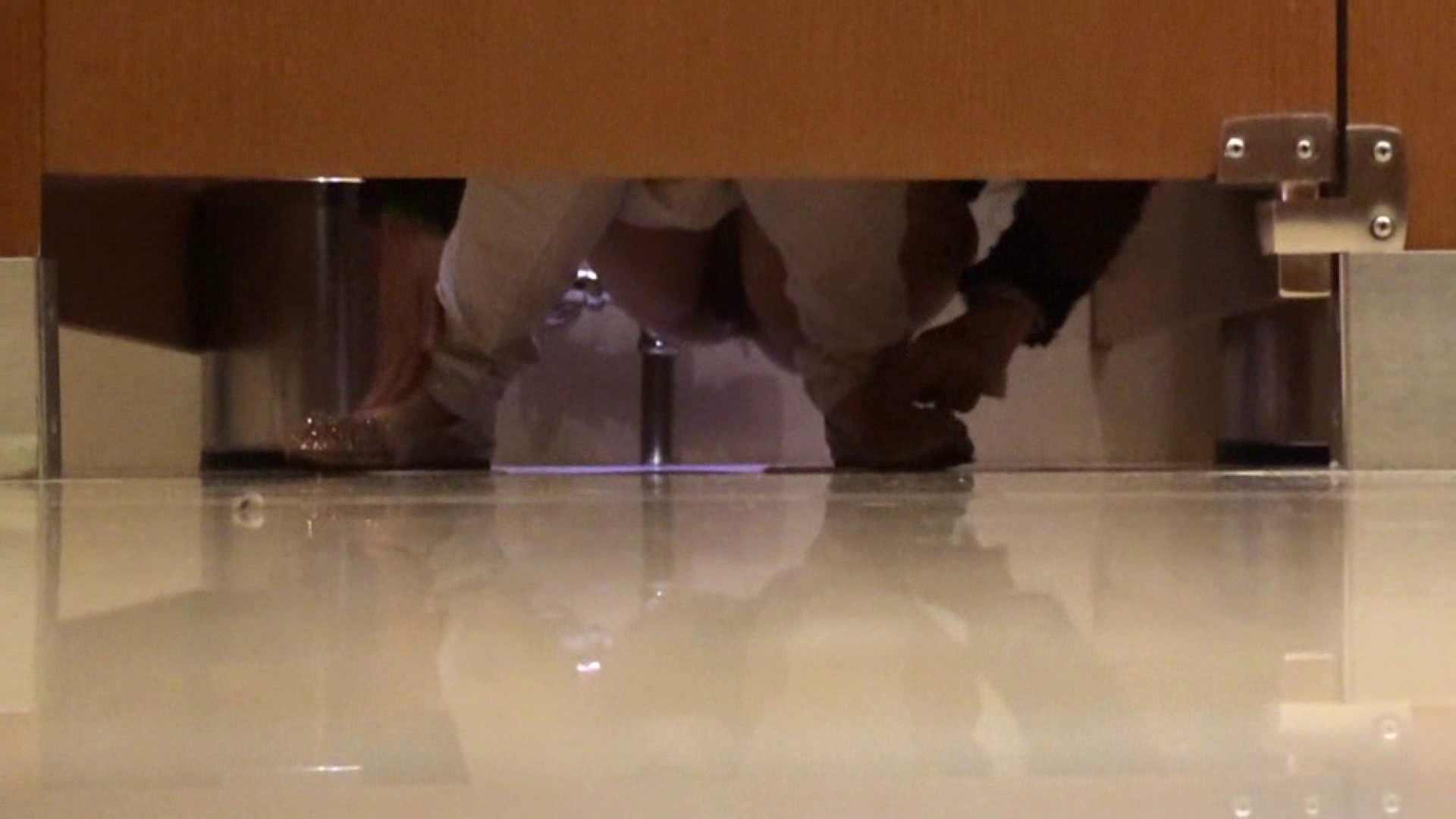 隣国化粧室下から御免!! No.06 美女 | 洗面所のぞき  102枚 65