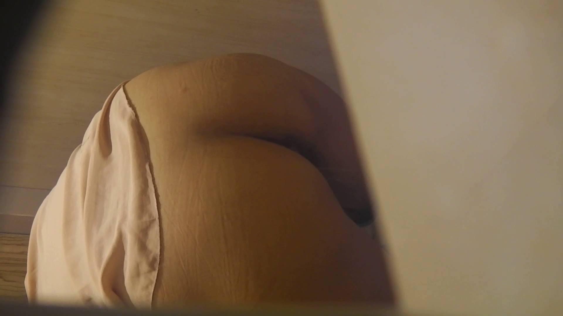 阿国ちゃんの「和式洋式七変化」No.18 iBO(フタコブ) 洗面所のぞき オメコ動画キャプチャ 105枚 34