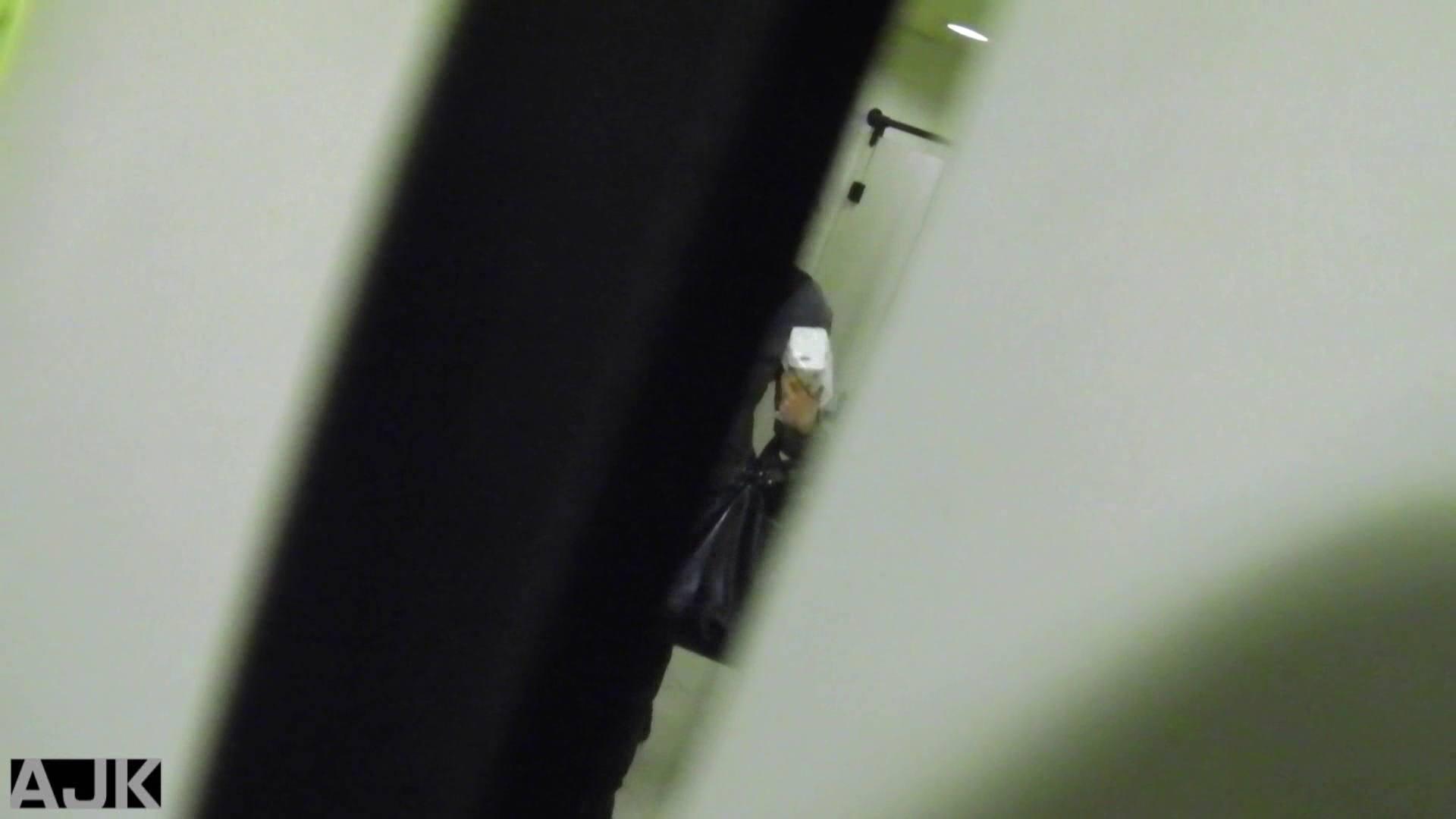 トイレ盗撮|神降臨!史上最強の潜入かわや! vol.16|のぞき本舗 中村屋